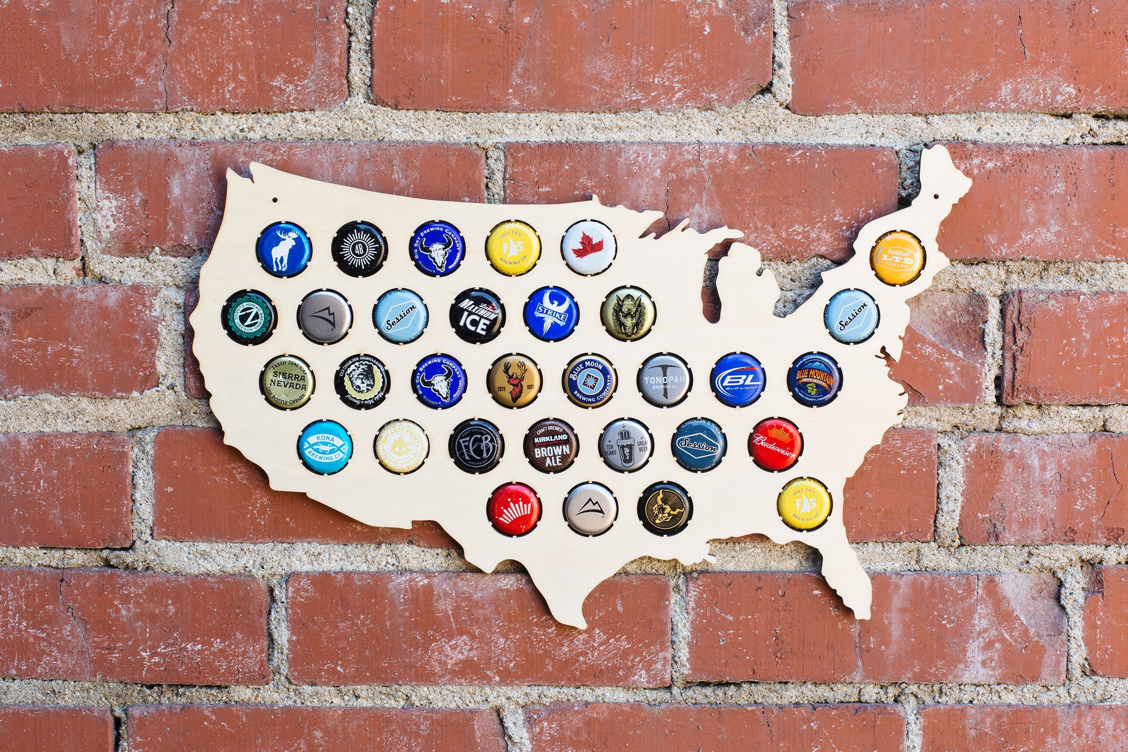 USA Beer Cap Map - Holds 32 Craft Beer Bottle Caps (Small)