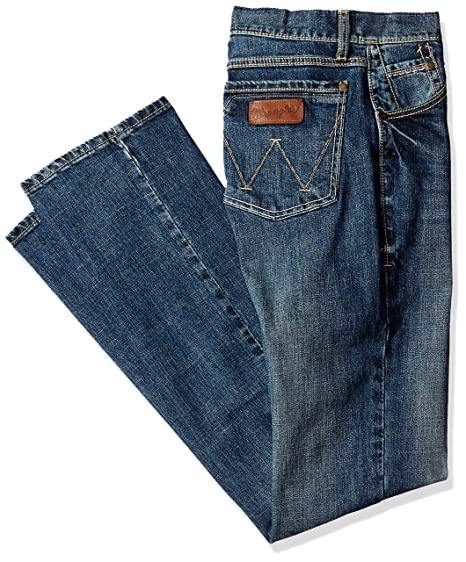 d1bd3662101d Amazon.com  Wrangler Men s Tall Retro Slim Fit Boot Cut Jean  Clothing