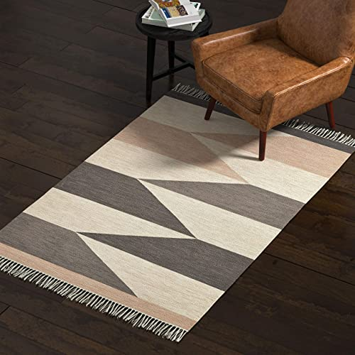 Rivet Modern Texture and Hide Rug, 4 x 6 Foot, Multicolor
