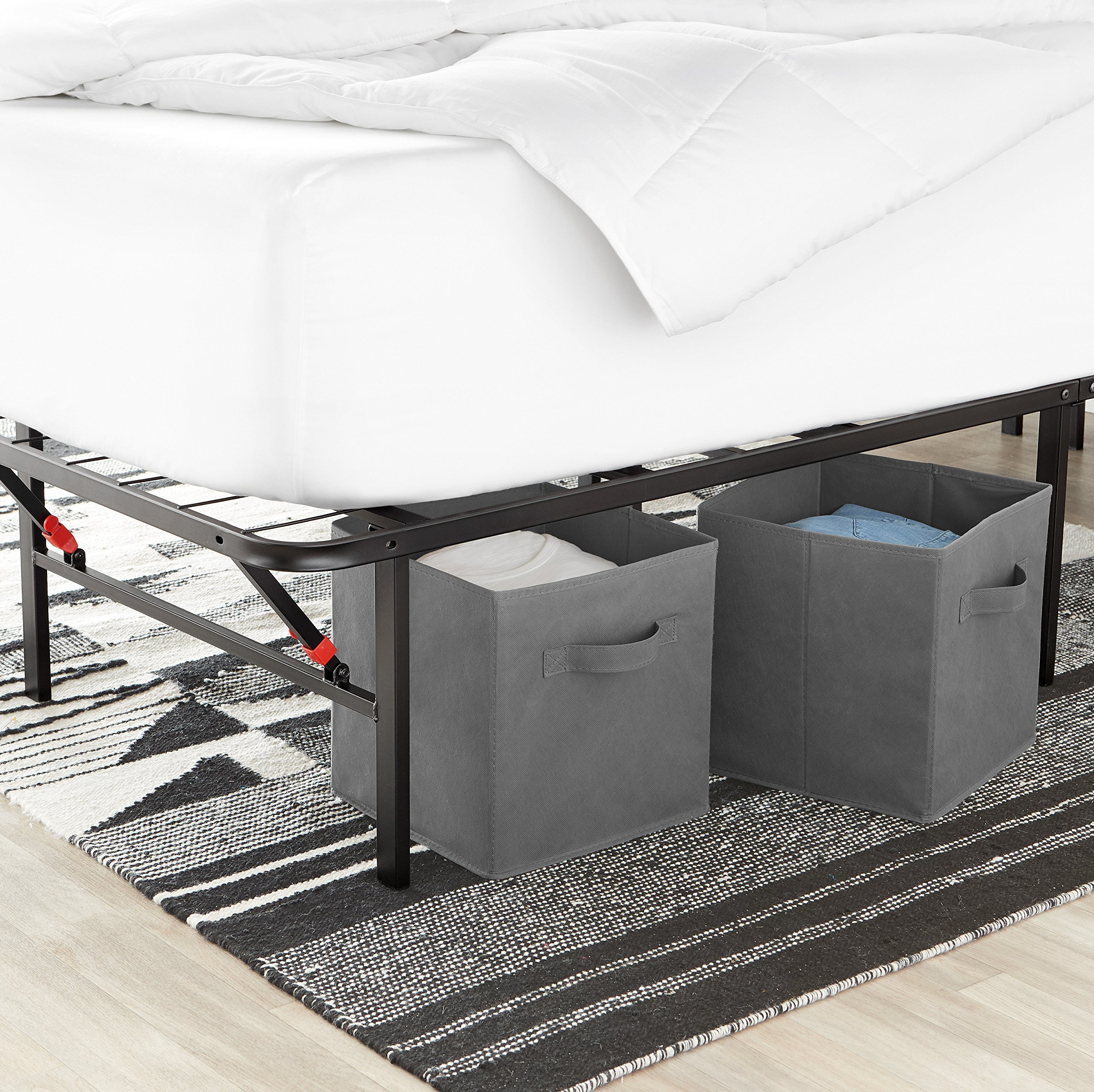the latest cb6cf 71040 AmazonBasics Platform Bed Frame, Black