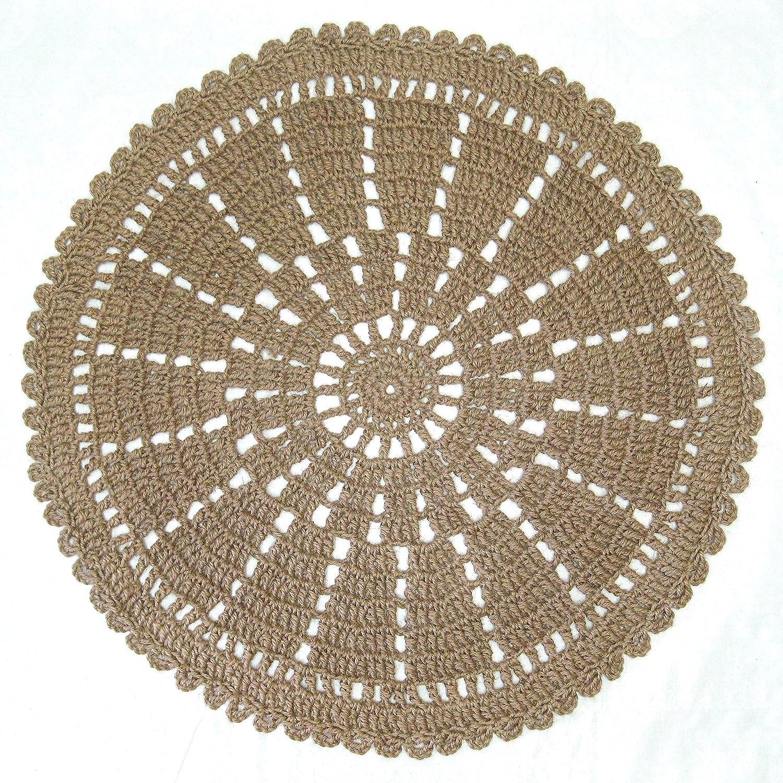 Amazoncom Round Jute Area Rug Wheel Or Mandala Pattern