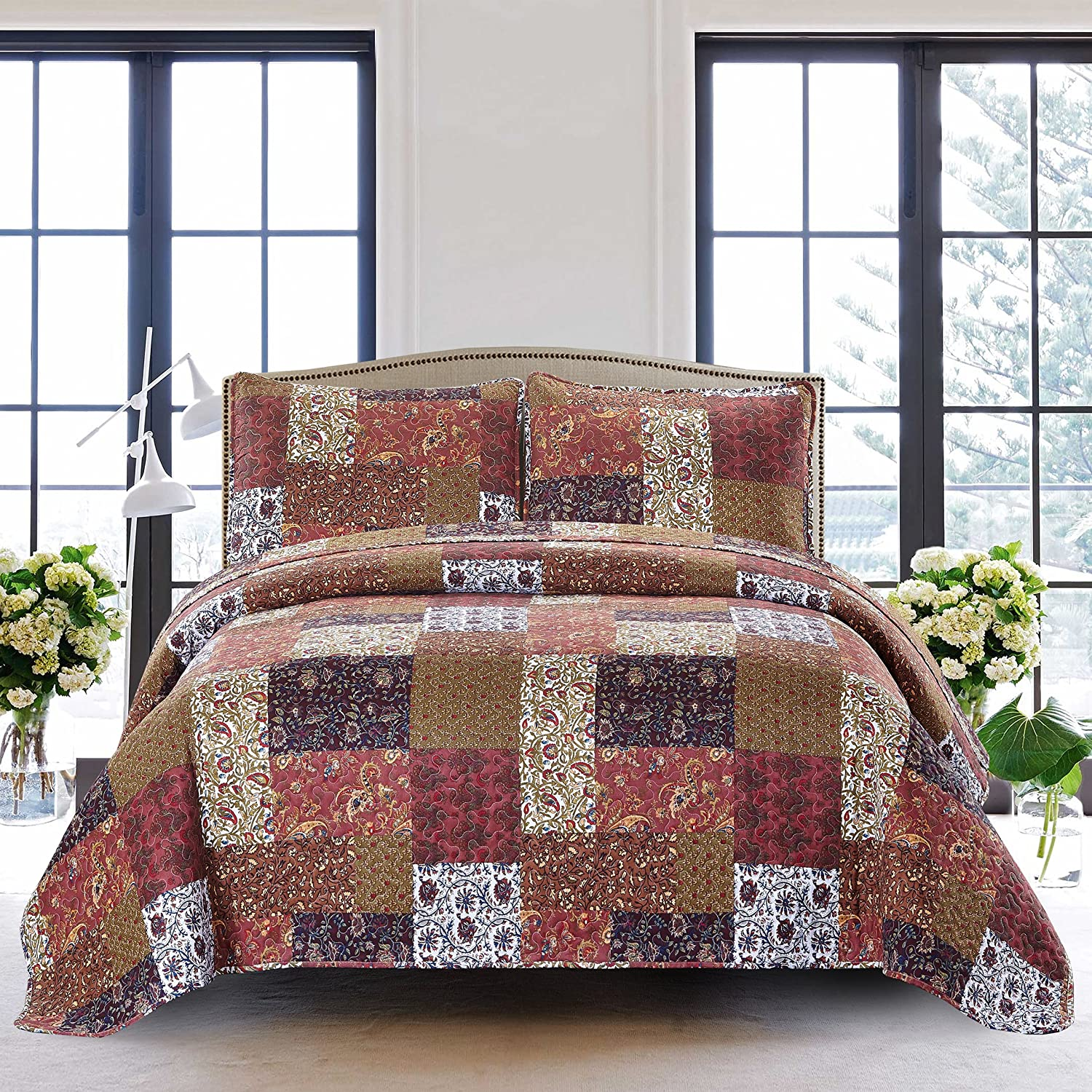 SLPR Red Riches 3-Piece Lightweight Printed Quilt Set (Queen) | with 2 Shams Pre-Washed All-Season Machine Washable Bedspread Coverlet