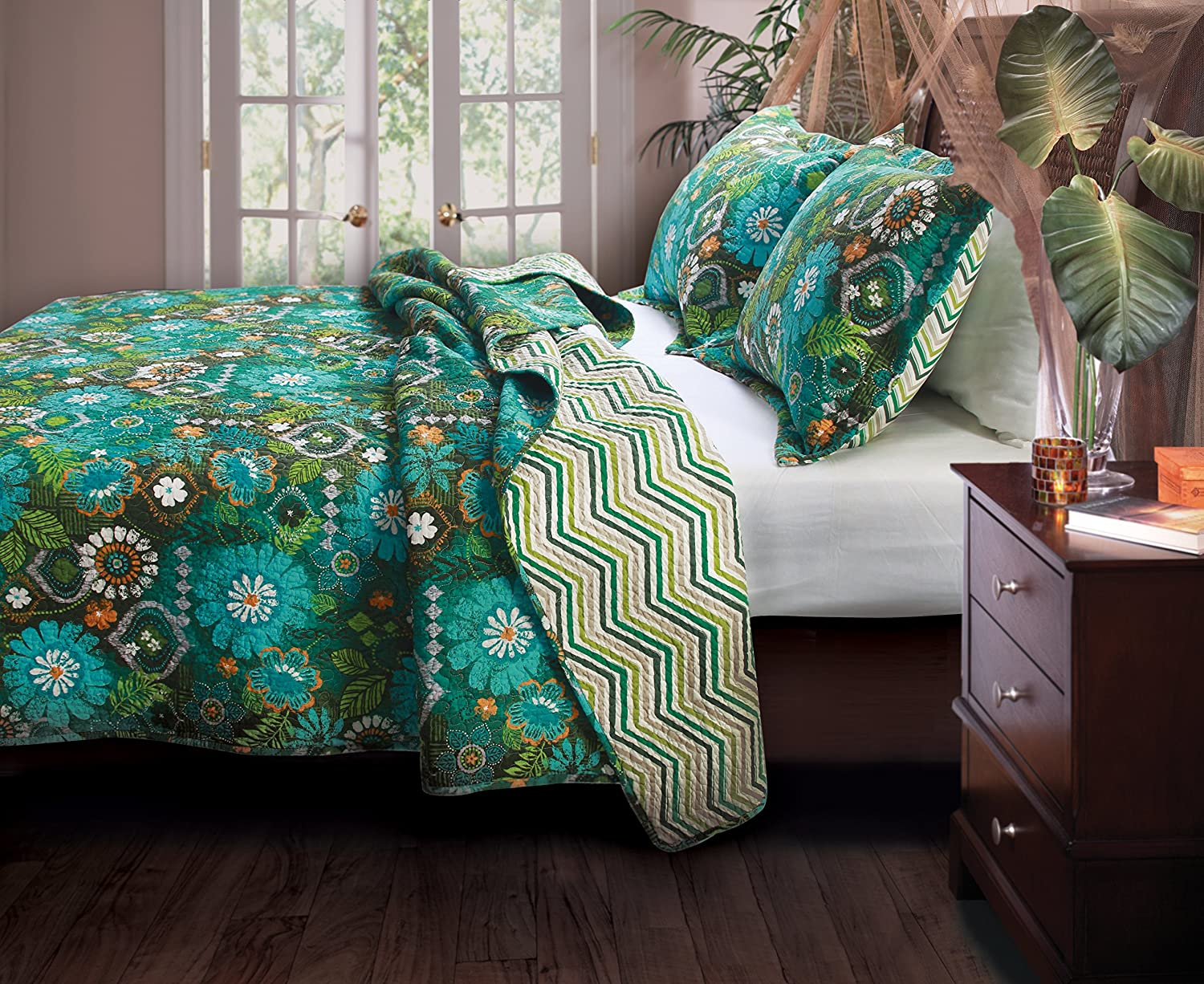 Greenland Home 2-Piece Tiki Hut Quilt Set, Twin, Multi