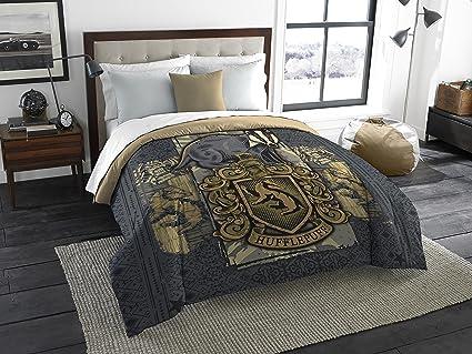 Lovely Harry Potter Hufflepuff House Crest Queen Or King Comforter