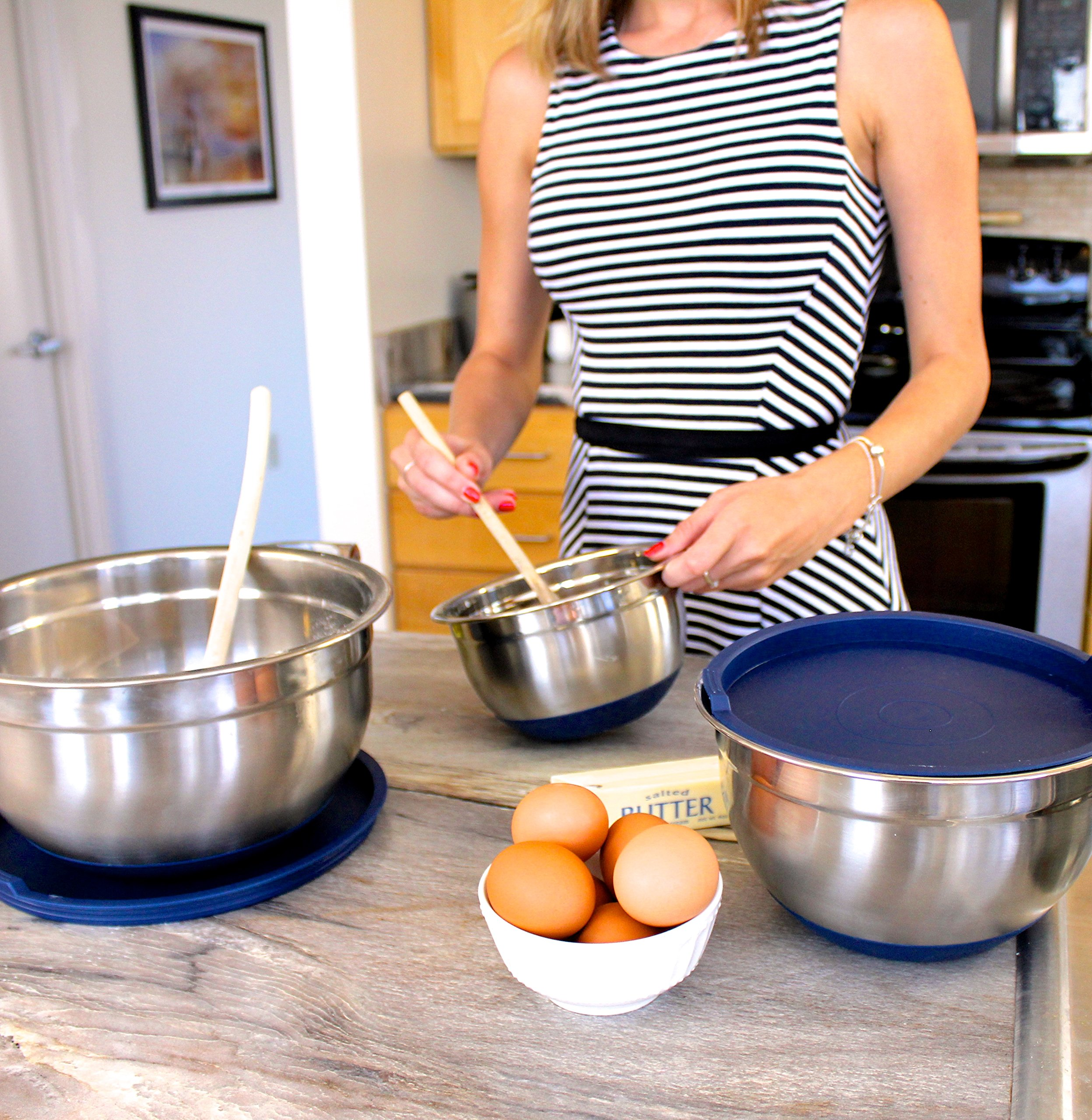 Fitzroy and Fox Non-Slip Stainless Steel Mixing Bowls with Lids, Set of 3, Blue by Fitzroy and Fox (Image #6)