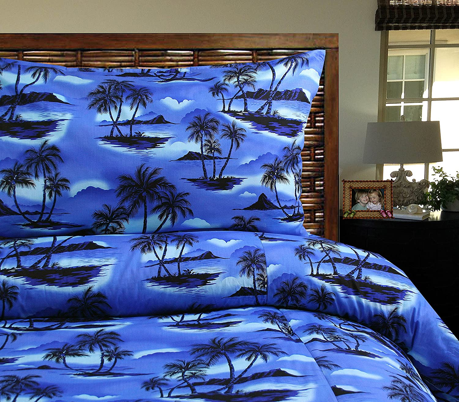 Island Bedding Duvet Cover Set - Island Nights Duvet Cover with Tropical Pillowcases (Queen / Full)