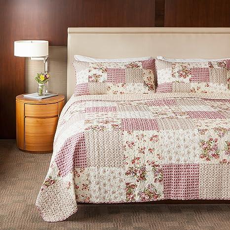 Patchwork Quilt Cottage Floral Quilt Bedroom Decor Floral Cottage Quilt Quilt Cottage Quilt Throw Quilt Women/'s Quilt Lap Quilt