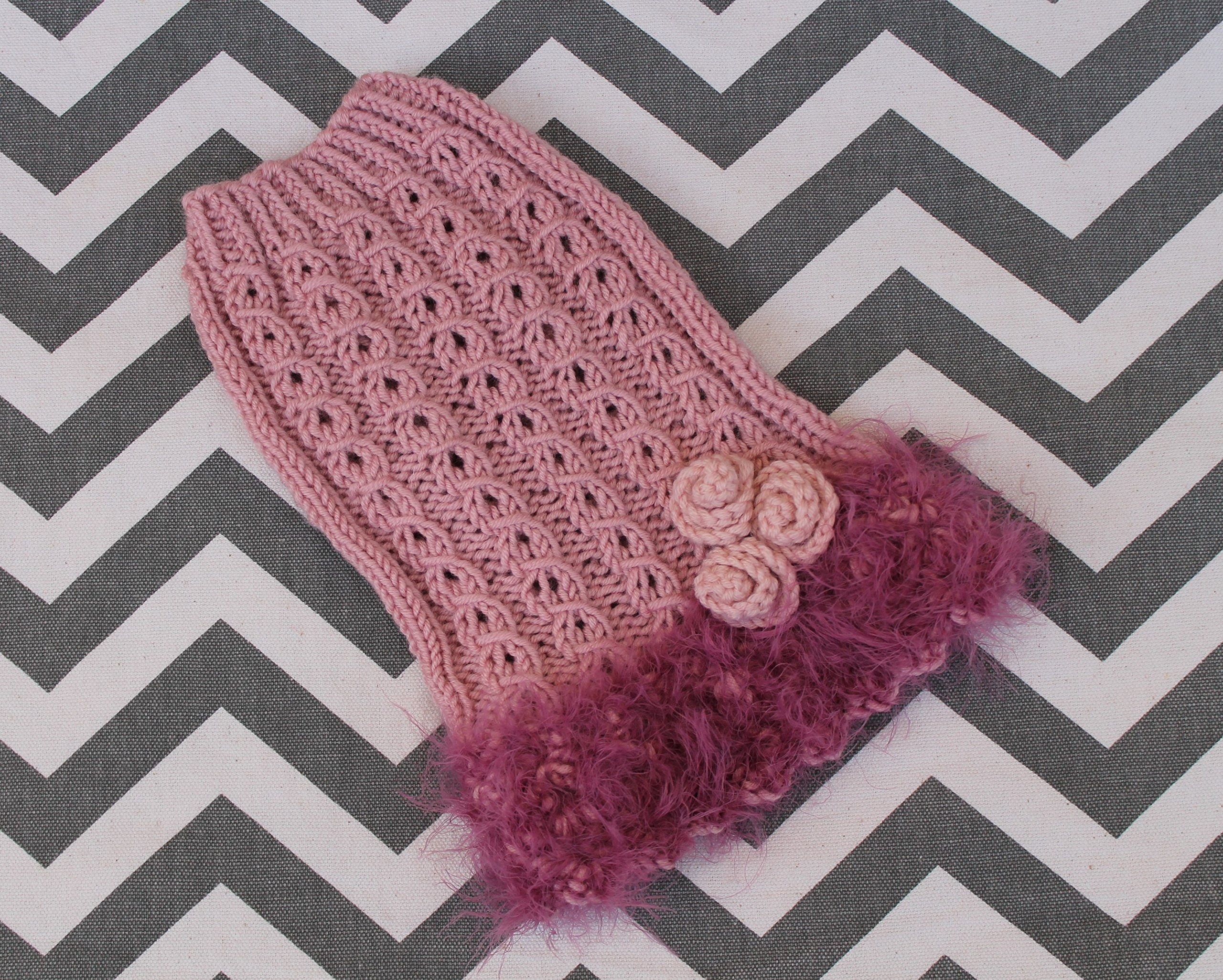 Hand Knit Teacup Dog Sweater Dress XXS/XS 2 1/2 to 4 Lbs Fine Merino Wool Vintage Pink Rose & Orchid for Puppy Chihuahua Yorkie Maltese Pomeranian