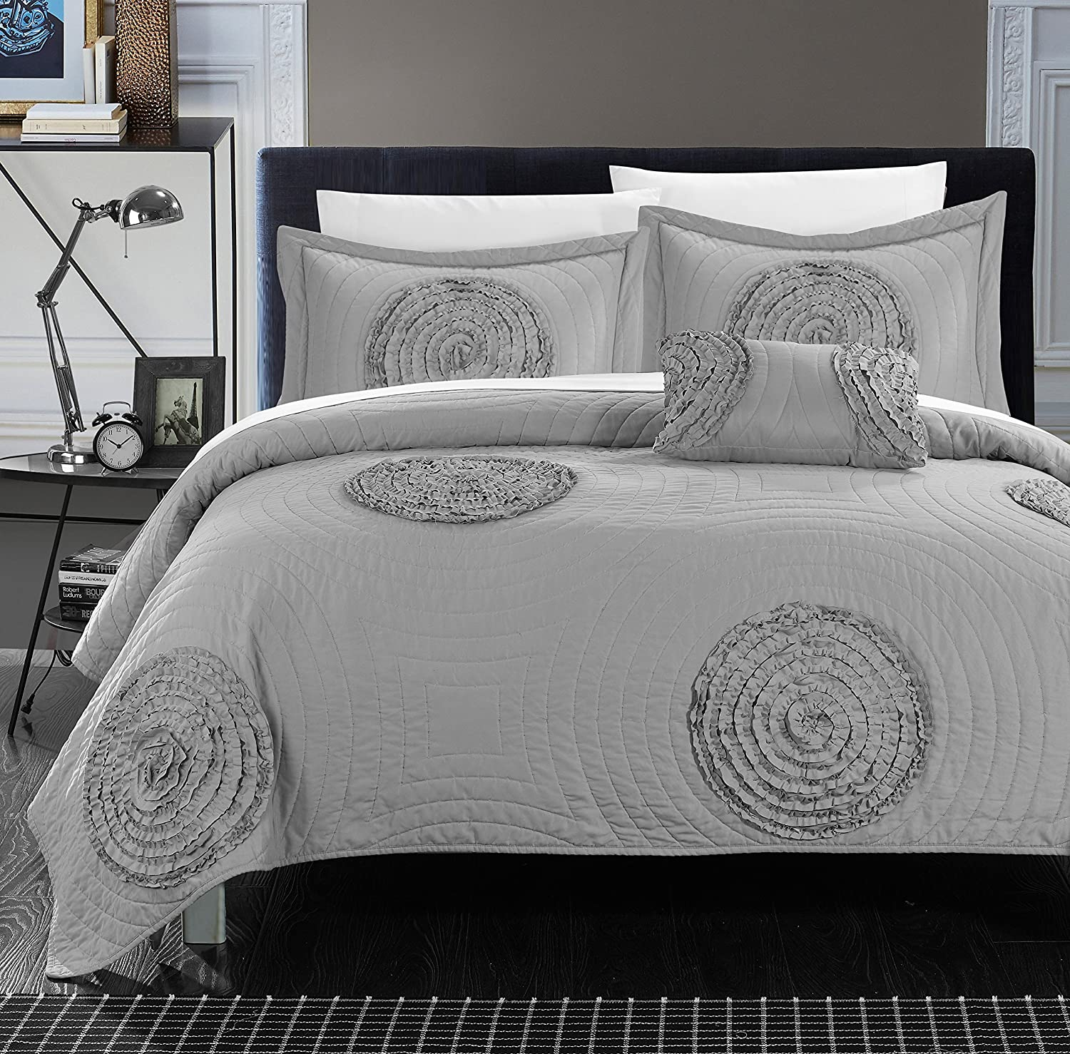 Chic Home 4 Piece Jupiter Quilted & Rouched Floral Abstract Applique Quilt Set, Queen, Silver