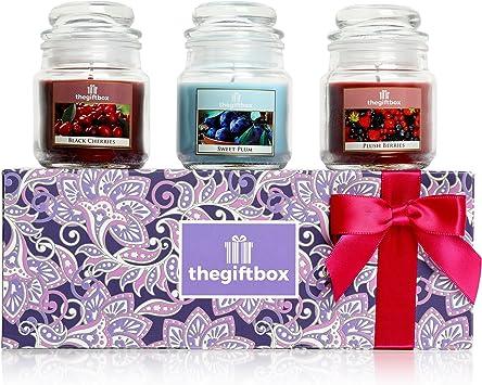 Lussuoso set regalo candela profumata dalla scatola regalo. Comprende 8 diversi splendidamente candele profumate e 3 portacandele in vetro
