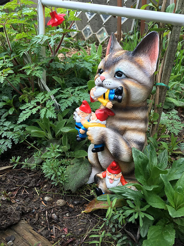 amazon com garden gnome statue cat massacre funny knomes