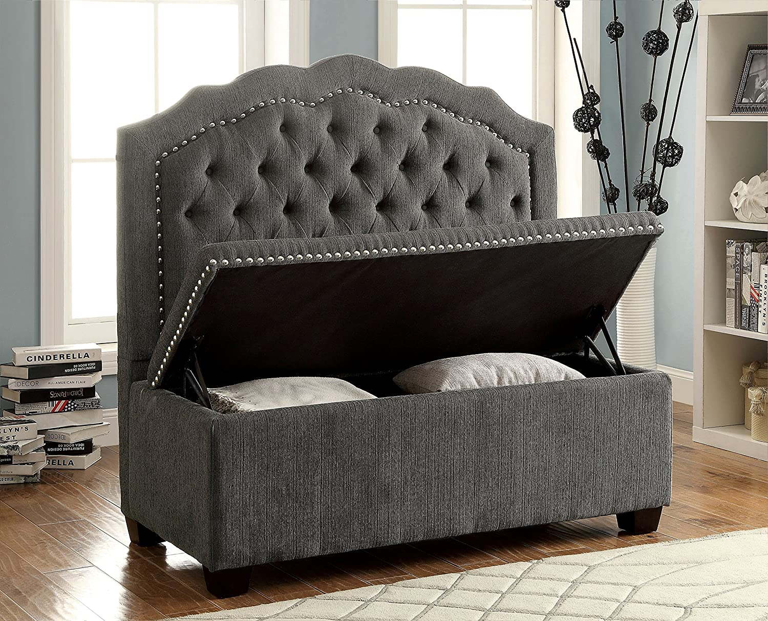Amazoncom Furniture of America Adia Romantic Wingback Love Seat