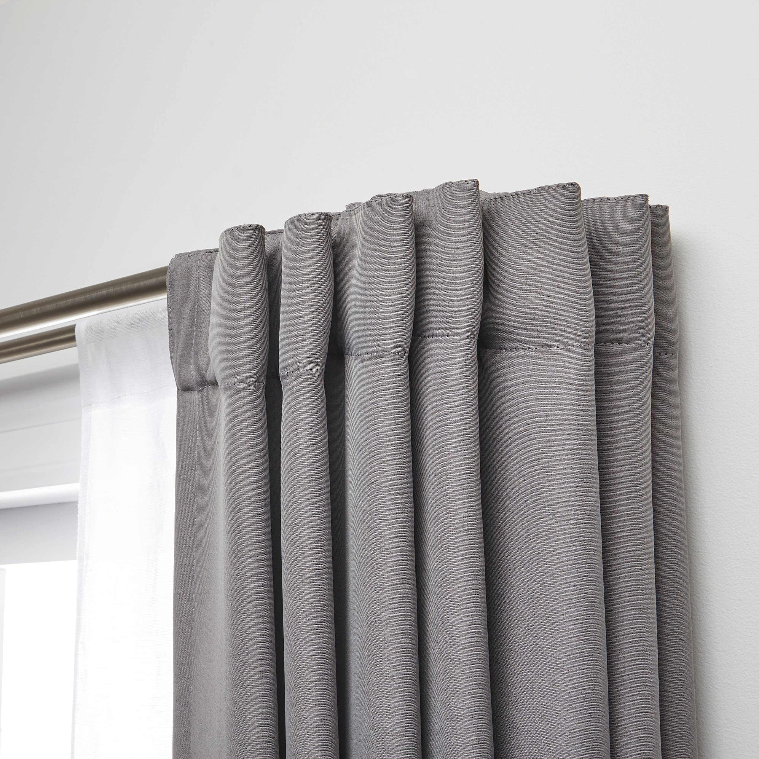 Umbra Twilight Double Curtain Rod Set – Wrap Around Design is Ideal for Blackout Curtains or Room Darkening Curtains, 88 to 144 Inch, Matte Nickel by Umbra