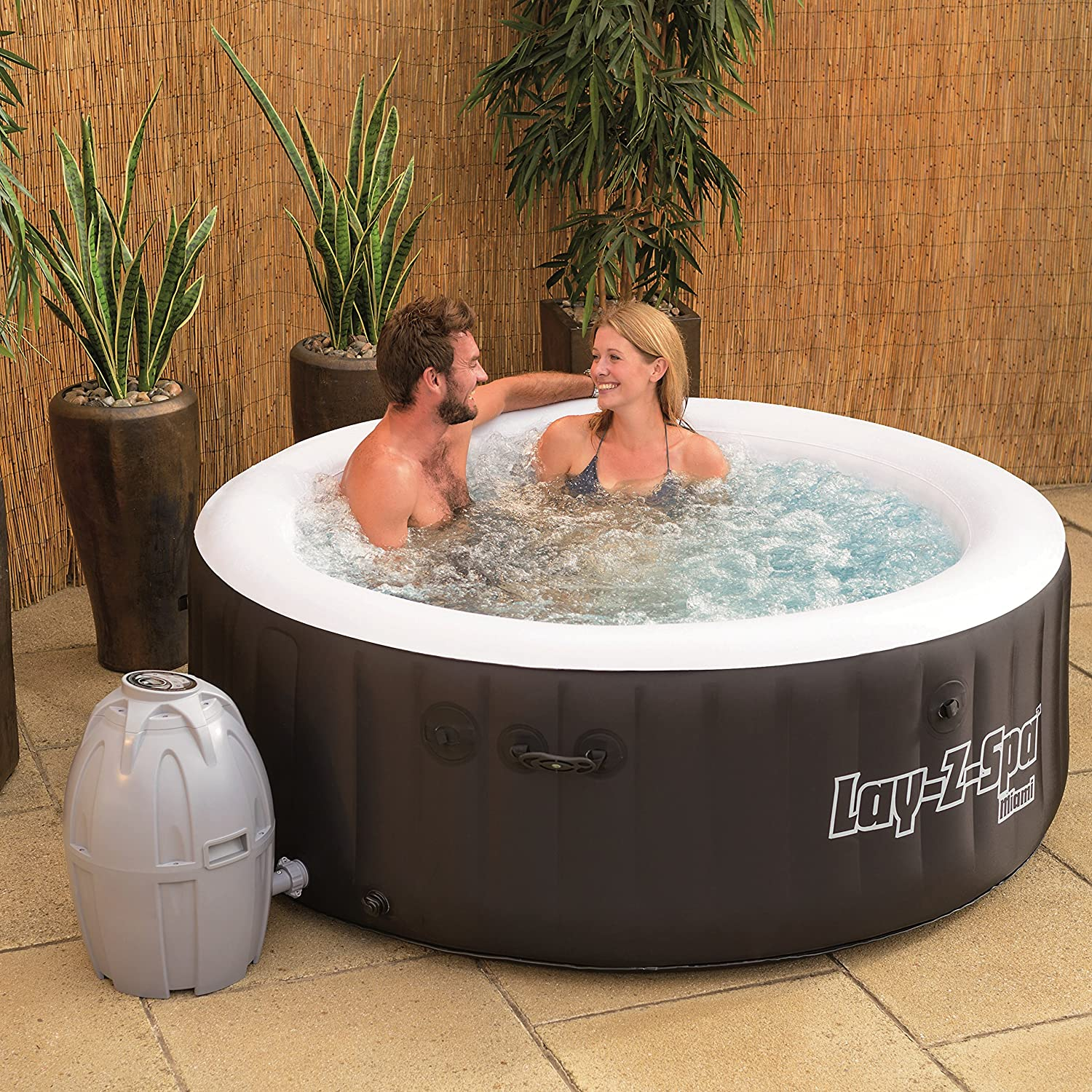 The Best Outdoor Hot Tubs For Your Garden: Reviews & Buying Guide 4
