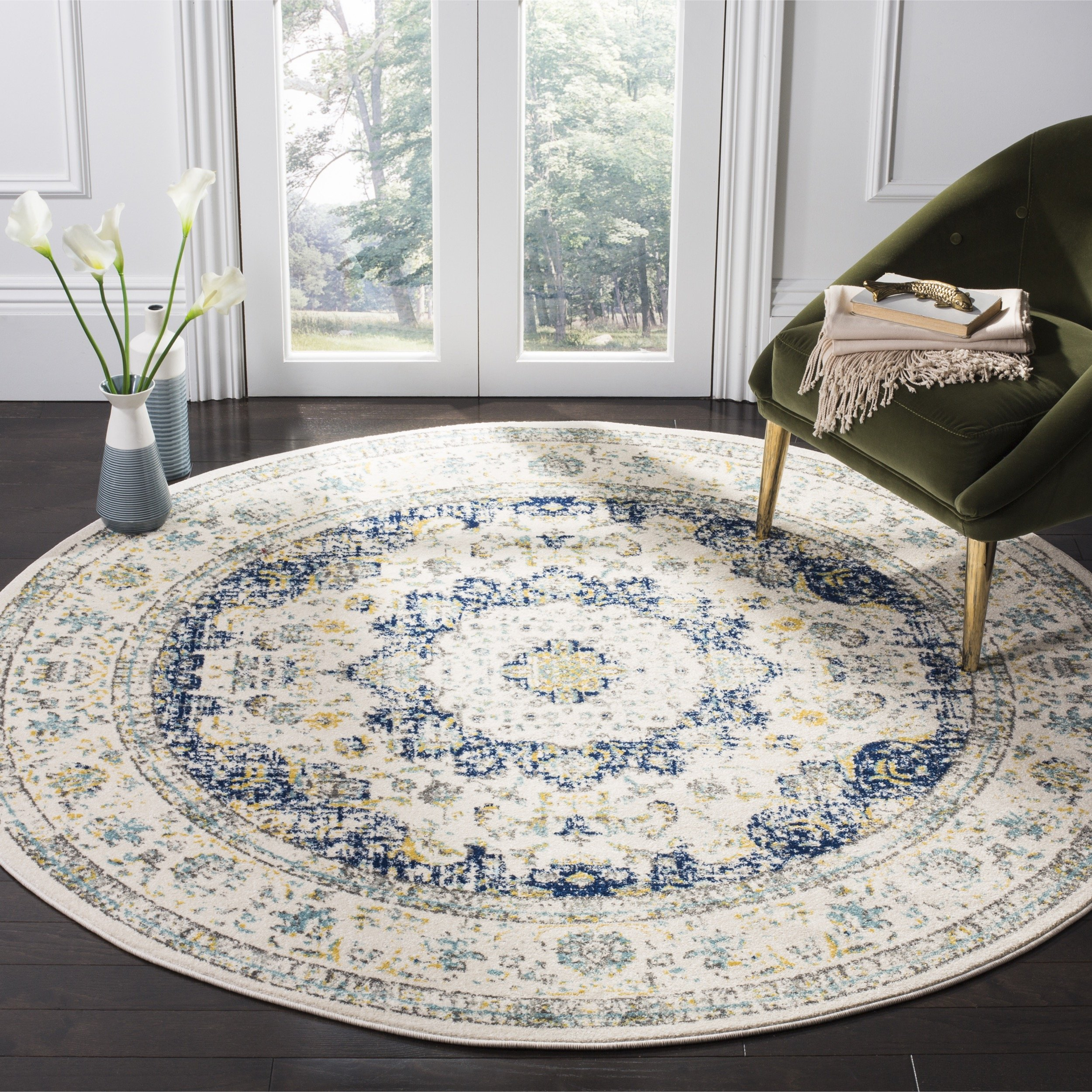 Safavieh Evoke Collection EVK220C Vintage Oriental Ivory and Blue Round Area Rug (5'1'' Diameter)