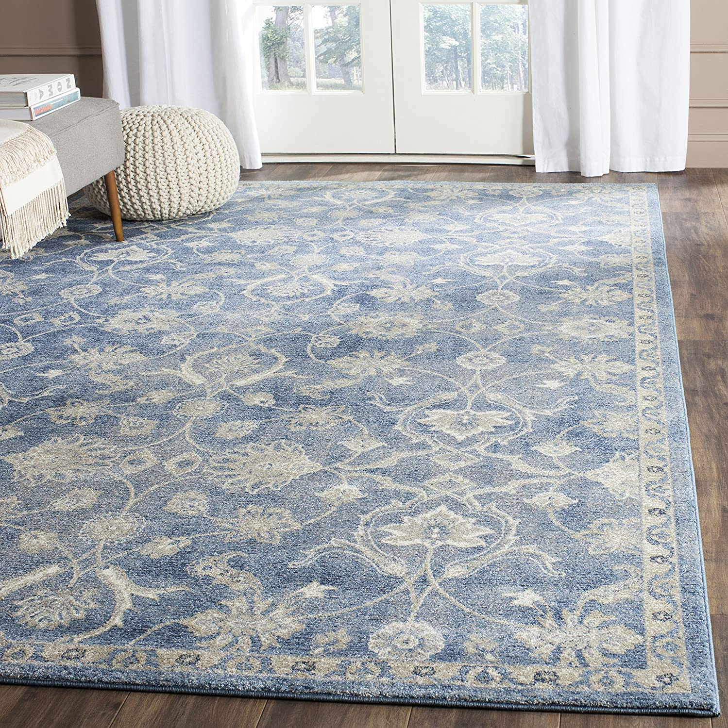 Amazon Com Safavieh Sofia Collection Vintage Blue And Beige