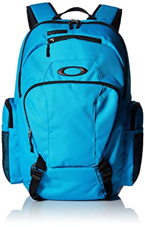 fadd4a25edb Amazon.com  Oakley Men s Blade Wet Dry 30 Backpacks