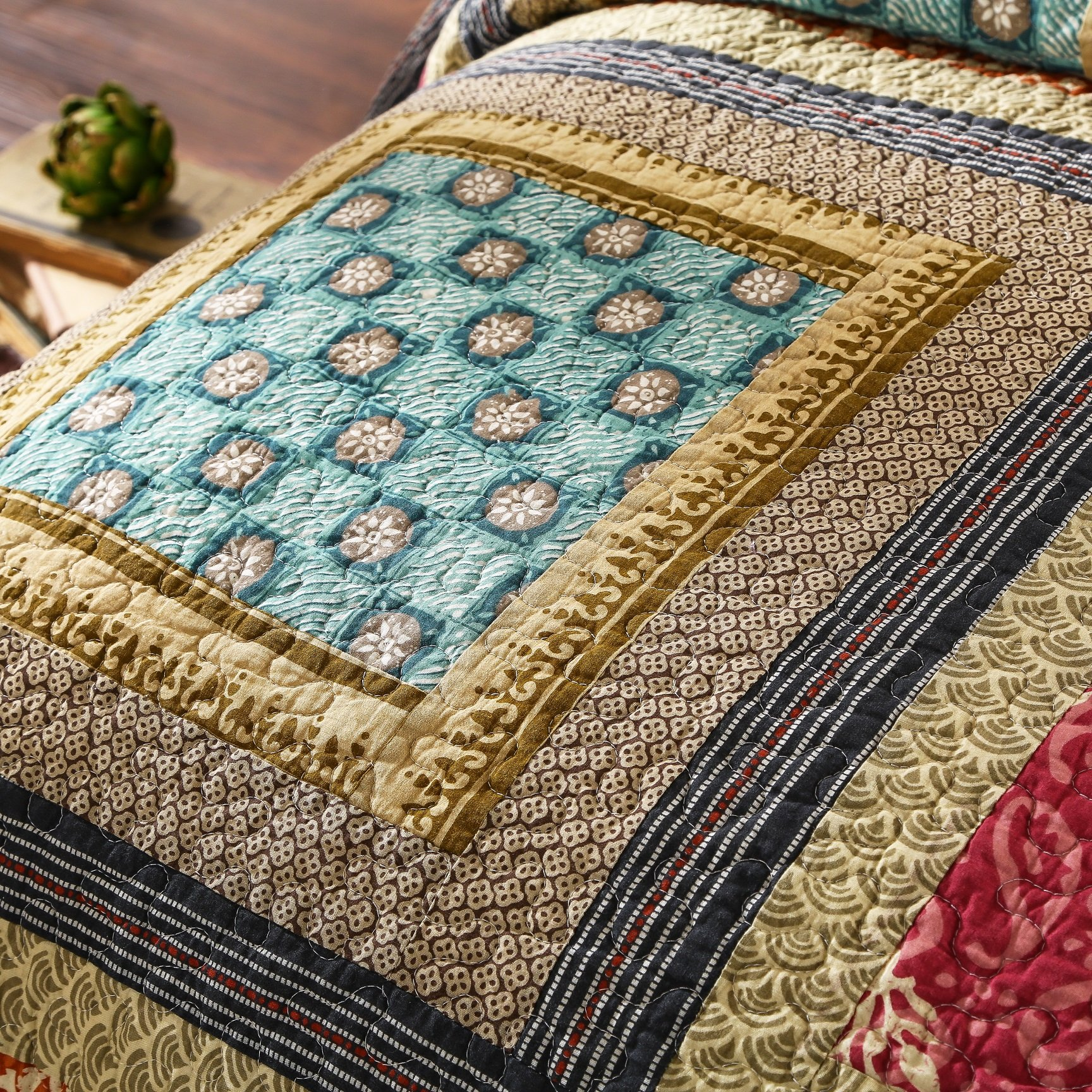 Dada Bedding Collection Reversible Bohemian Real Patchwork Gallery of Roses Cotton Quilt Bedspread Set, Multi-Colored, Cal King, 3-Pieces by DaDa Bedding Collection (Image #3)
