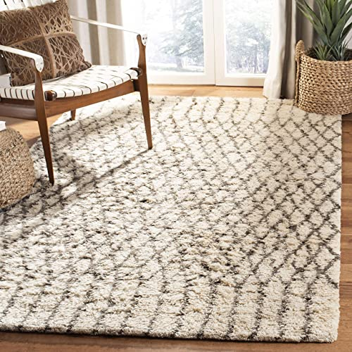 Safavieh Casablanca Shag Collection CSB860A Handmade Wool Area Rug, 5 x 8 , Ivory Grey