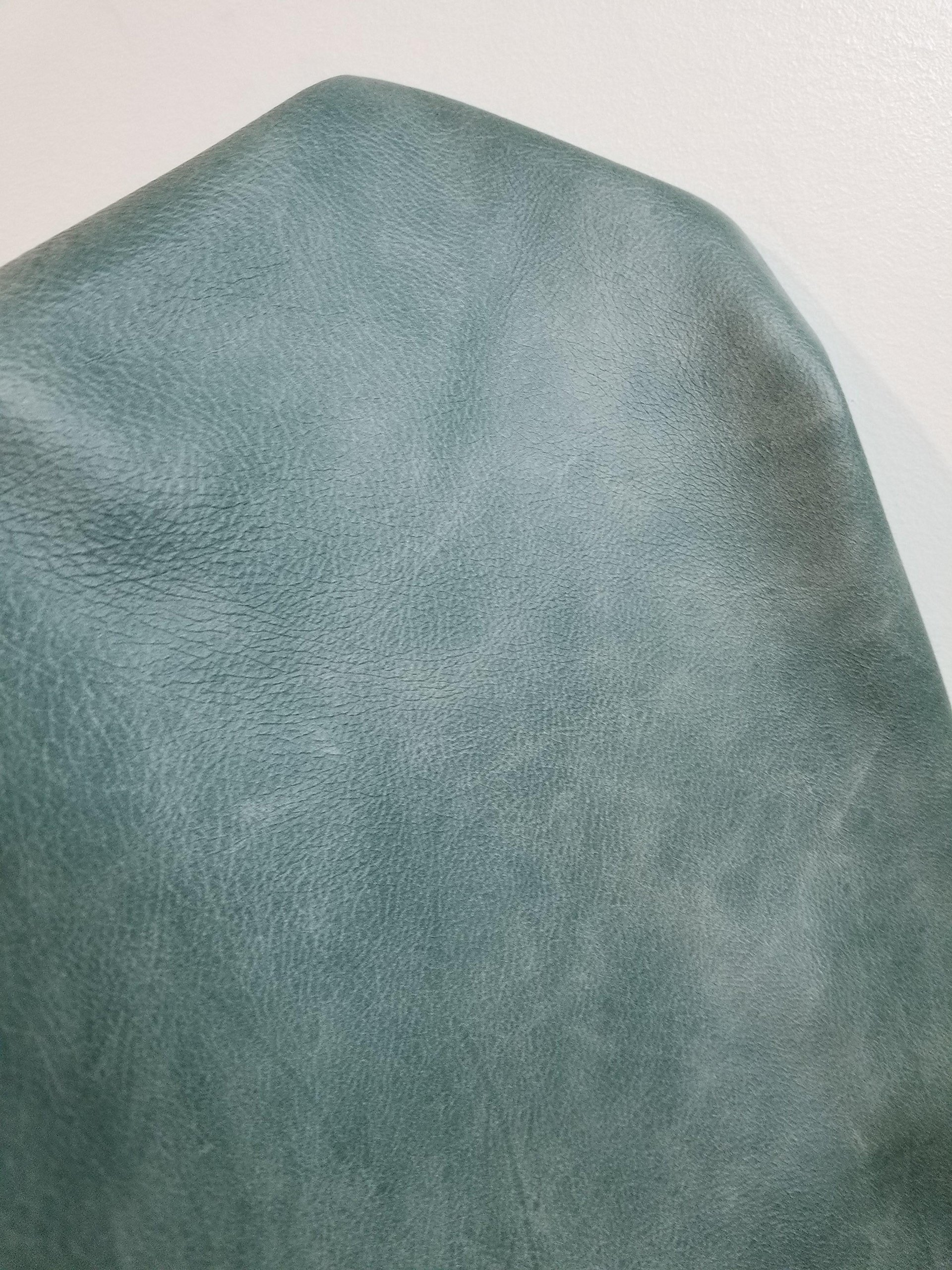 NAT Leathers Turquoise Blue Green Vintage Two Tone Soft Upholstery Chap Cowhide 2.5 oz Genuine Leather Hide Skin 42 Square Feet (About 60''x 70'') Produced in Italy (Turquoise 42 sq.ft.)