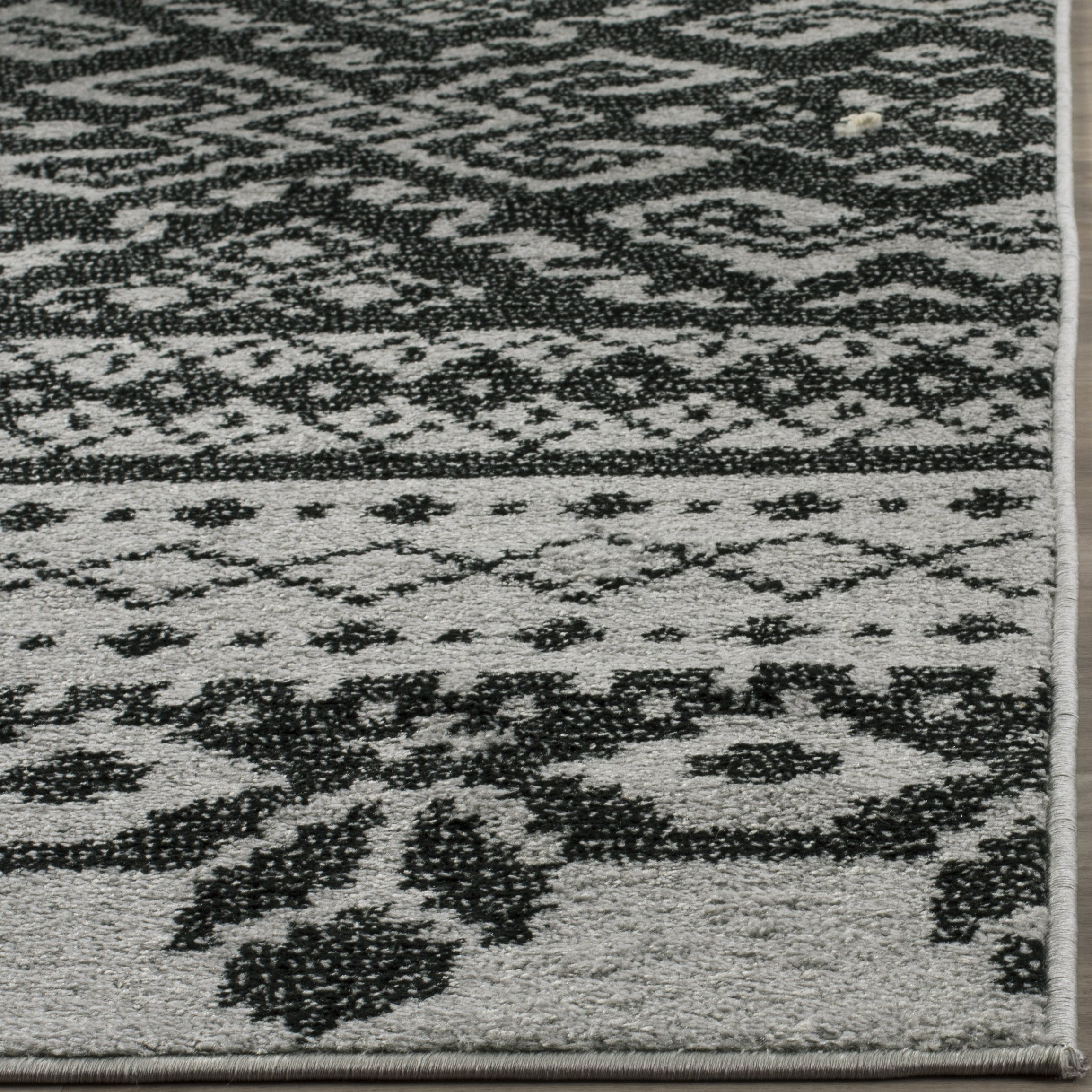 Safavieh Adirondack Collection ADR107A Silver and Black Rustic Bohemian Area Rug (9' x 12') by Safavieh (Image #2)