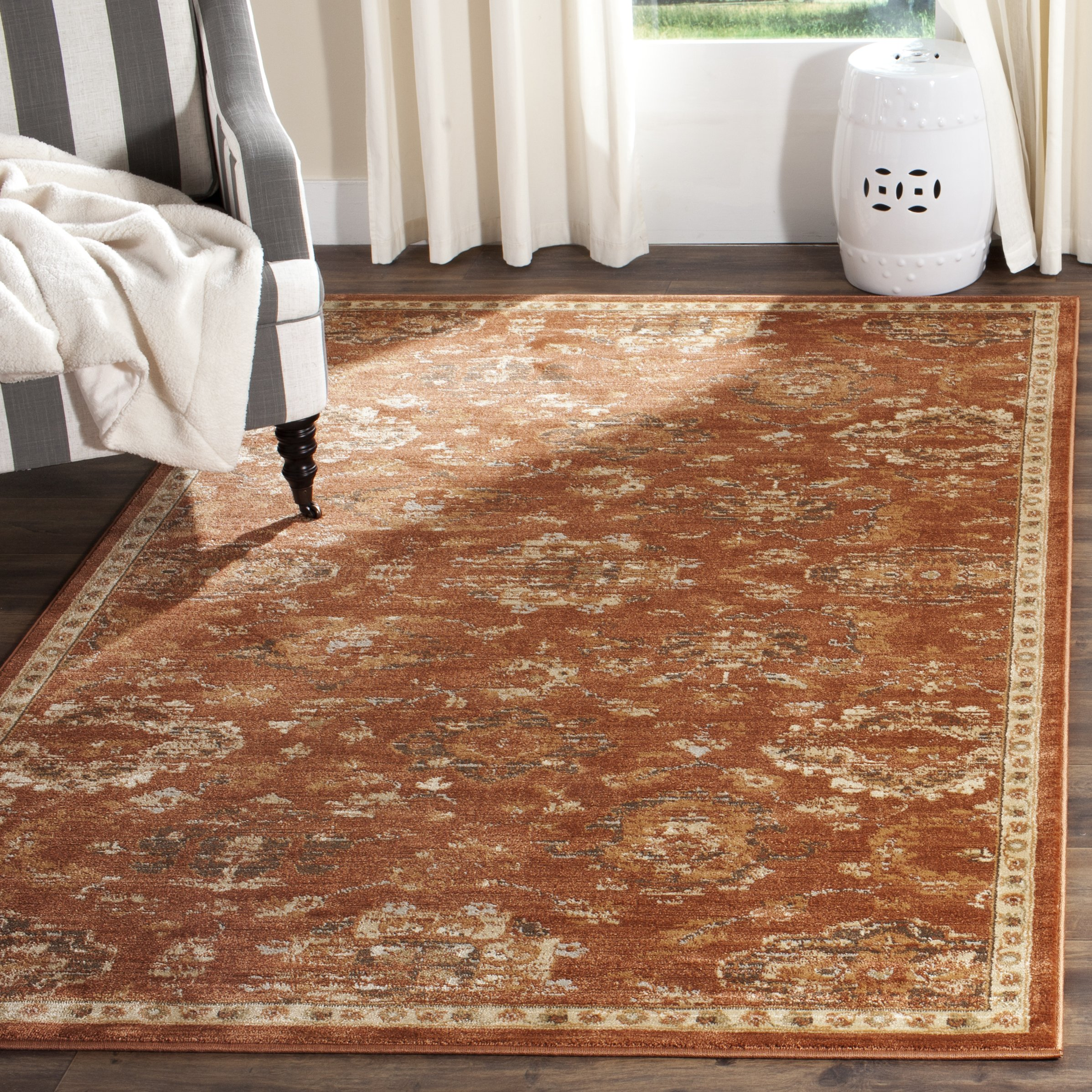 Safavieh Florenteen Collection FLR128-3412 Traditional Rust and Ivory Area Rug (5'1'' x 7'7'') by Safavieh
