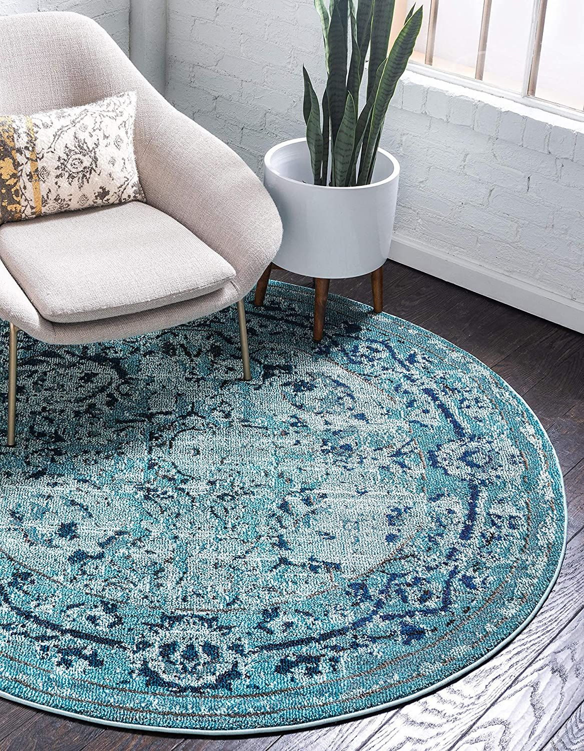 Unique Loom Medici Collection Vintage Botanical Traditional Light Blue Round Rug (3' 3 x 3' 3)