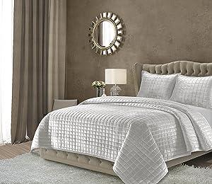 Tribeca Living FLORENCEQUIKISI Florence Velvet Oversized Solid Quilt Set, King, Silver Grey