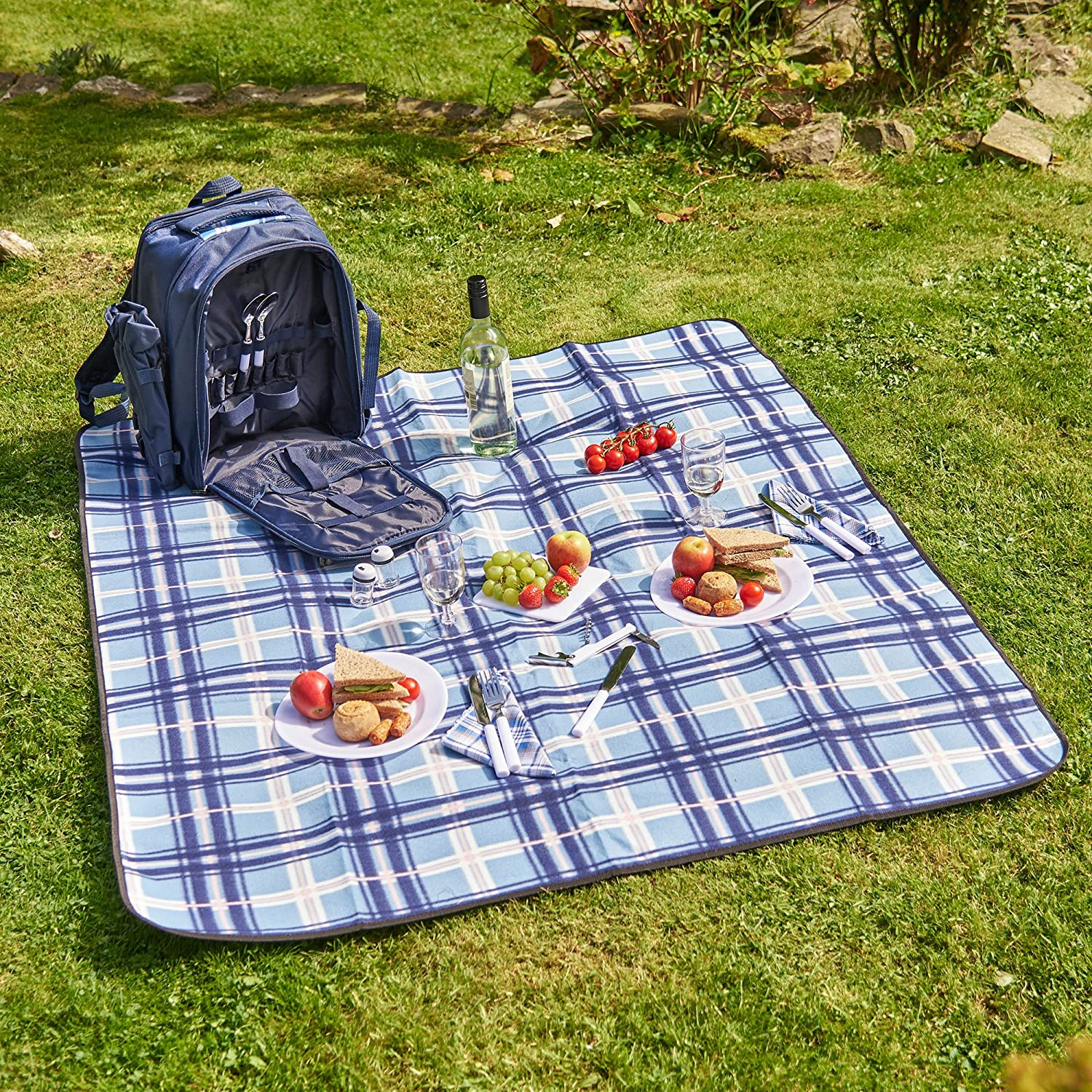 VonShef Two-Person Blue Picnic Backpack Hamper with Cooler Compartment – Includes Tableware and Fleece Blanket