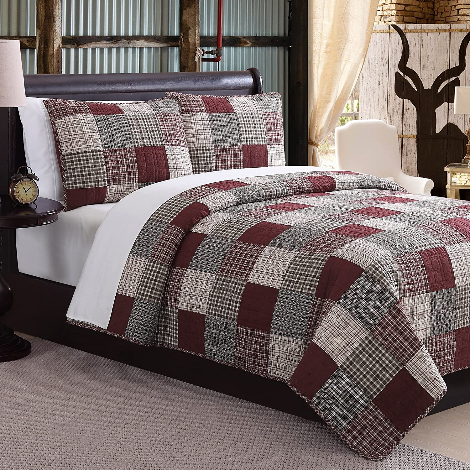 3 Piece Patchwork Plaid Patterned Quilt Queen Size, Featuring Classic Square Boxes Plaid Checkered Design, Eye Catching Bright Modern Artistic Print Bedroom, Vibrant Grey Red S & E