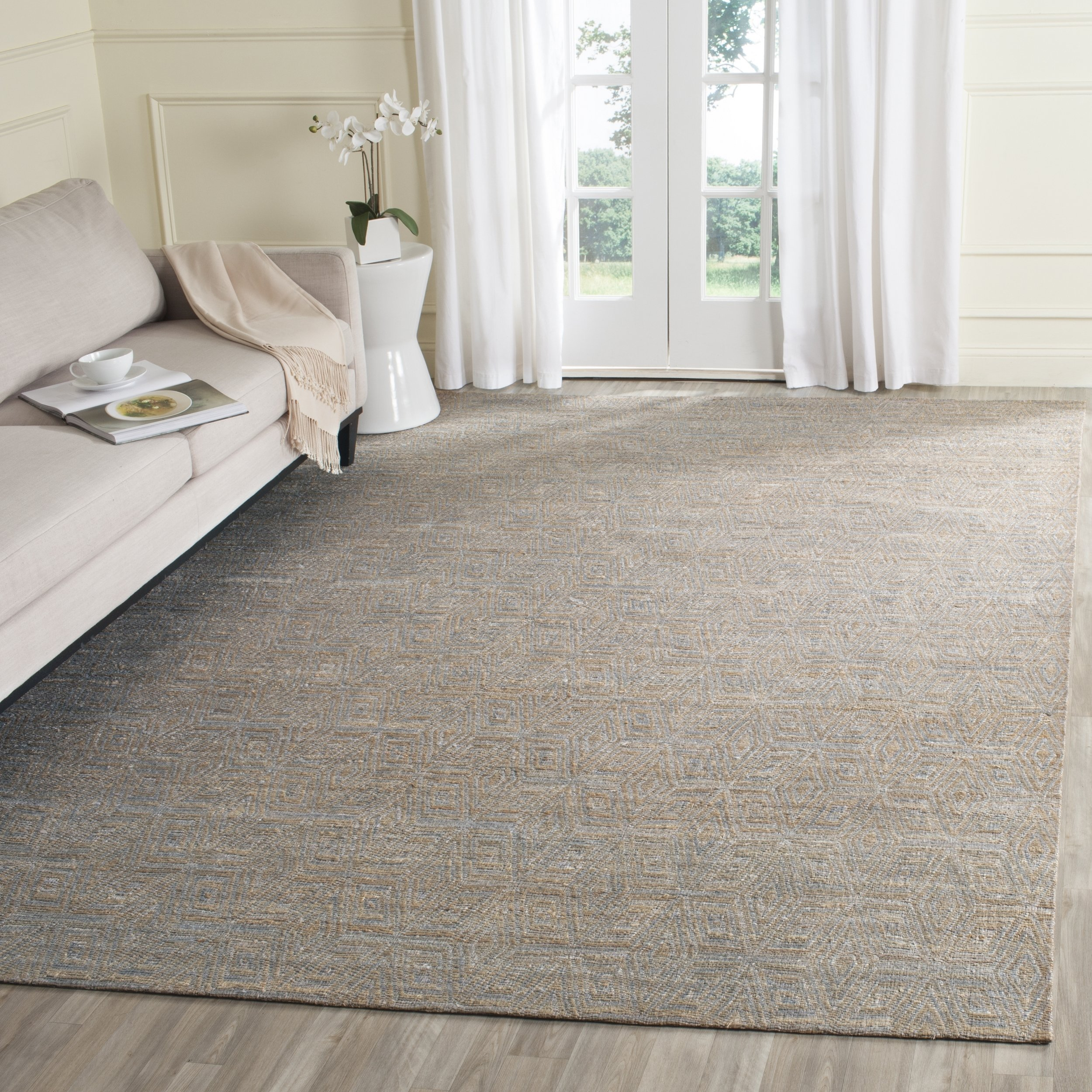Safavieh Cape Cod Collection CAP412A Hand Woven Geometric Grey and Sand Jute and Cotton Area Rug (4' x 6')
