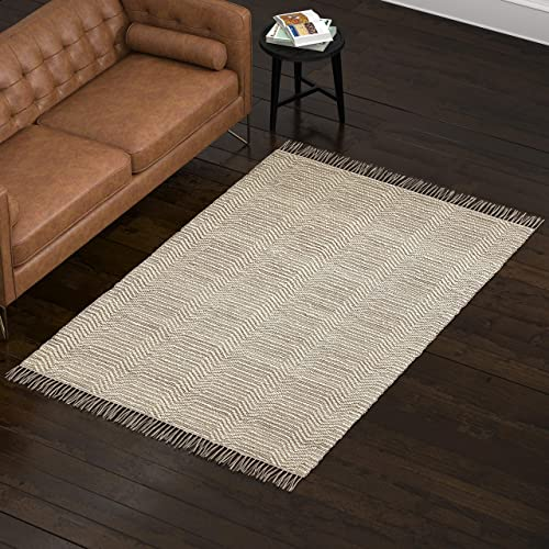Amazon Brand Rivet Modern Textured Area Rug, 5 x 8 Foot, Grey, White