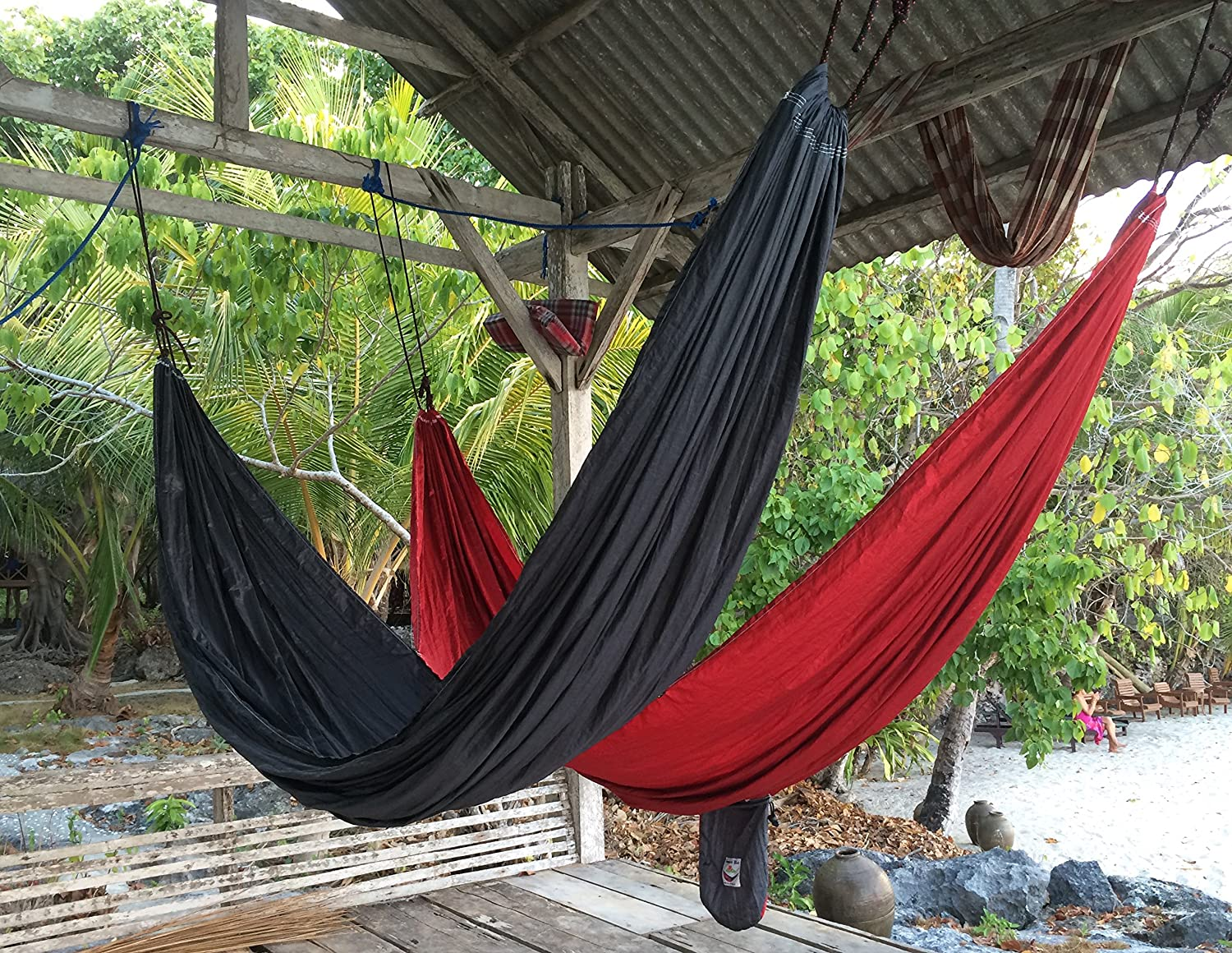 Hammock Bliss Tandem – One Hammock with Two Separate Spaces Allows Two People to Hang Together in Bliss – Great for Couples