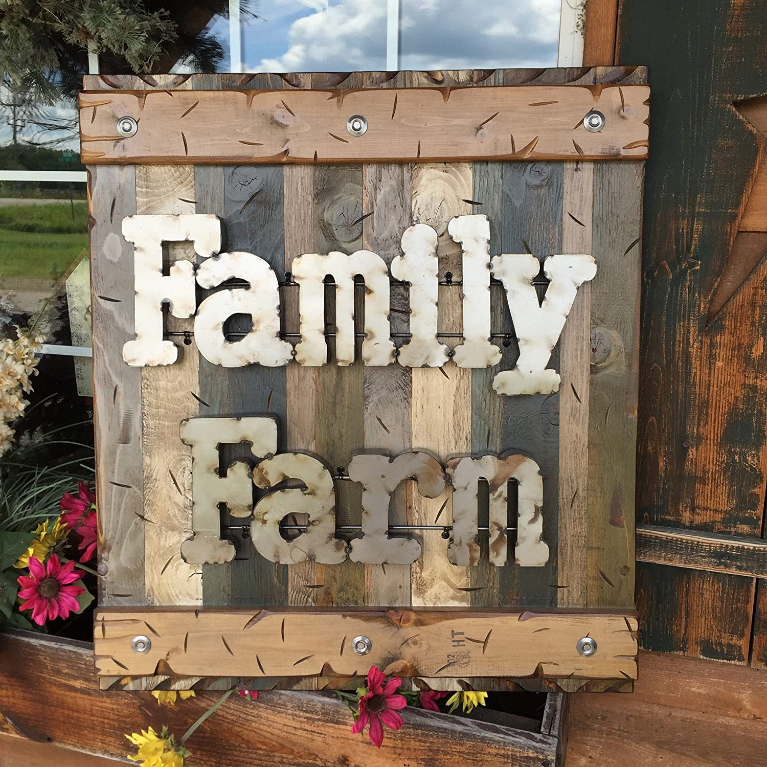 Amazon Com Farmhouse Wall Decor Sign Family Farm Sign Decor Reclaimed Rustic Pallet Wood Log Cabin Style 32 X 28 Shutter Tan Green Blue Wooden With Industrial Rustic Metal Letters Handmade