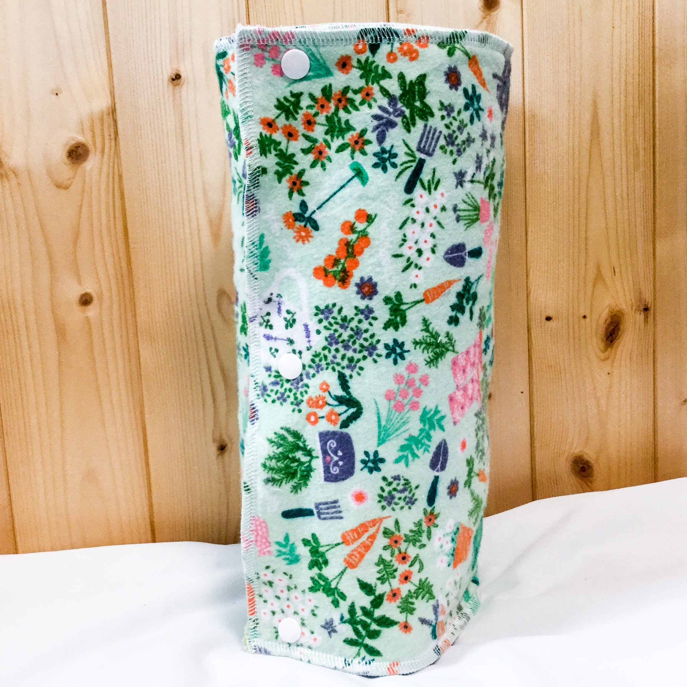 Unpaper Towels, Snapkins, Reusable ''Paper'' Towels, Set of 12, Garden Print