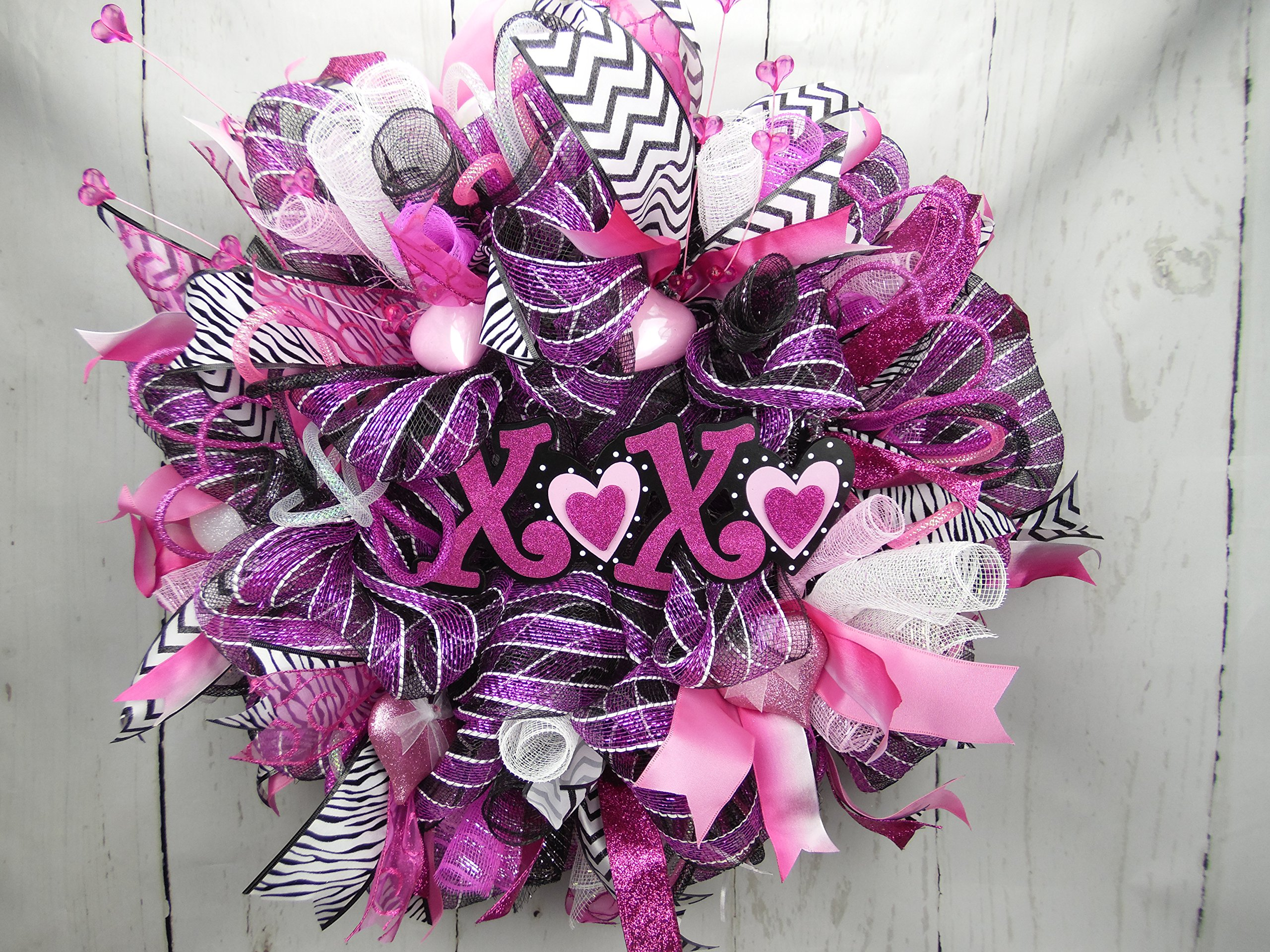 XOXO Valentines Day Wreath, Hugs and Kisses Decor, Pink Black and White Wreath, Valentines Day Decor, Love Wreath, Cupid Wreat