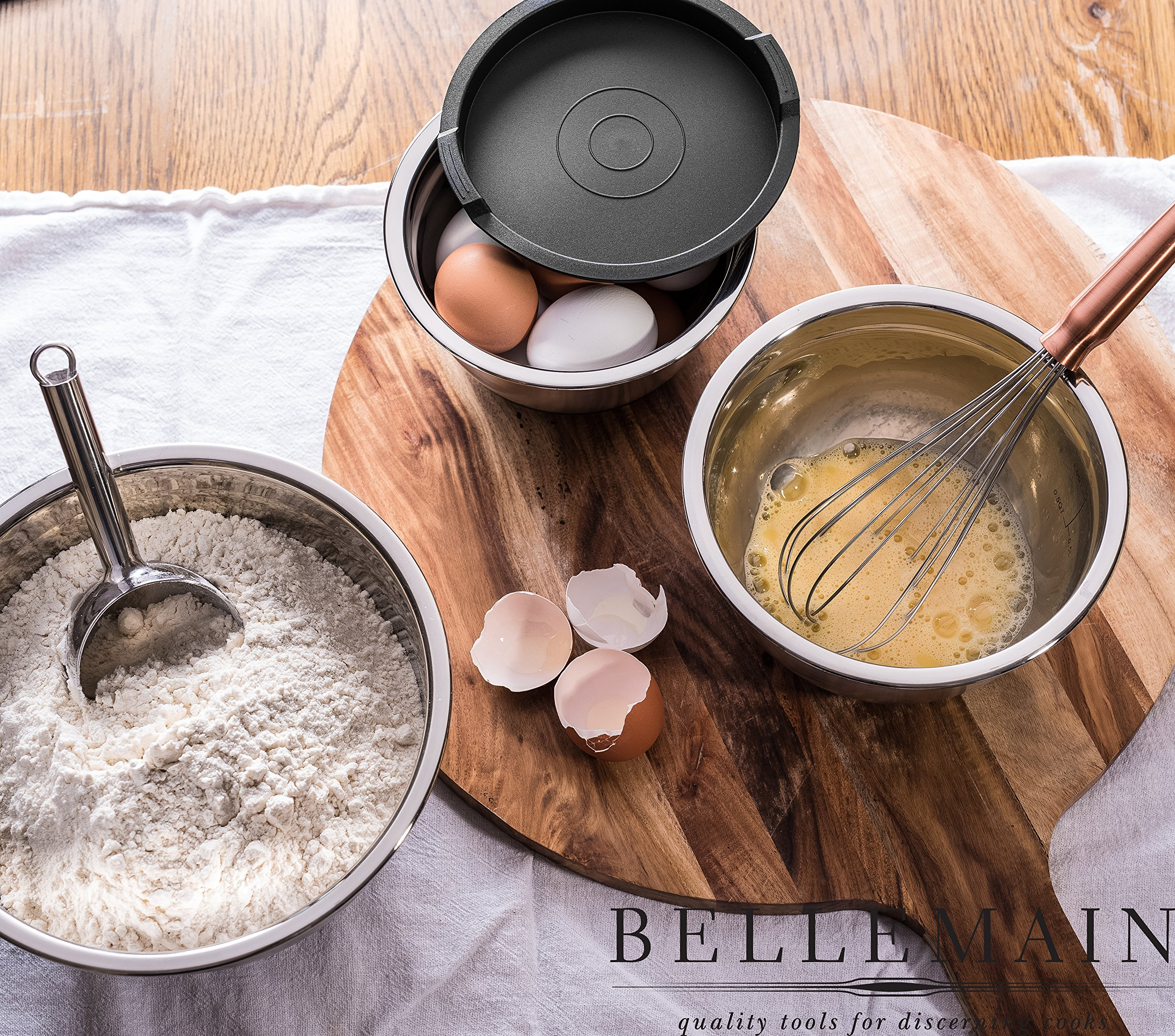 Top Rated Bellemain Stainless Steel Non-Slip Mixing Bowls with Lids, 4 Piece Set Includes 1 Qt, 1.5 Qt, 3 Qt. & 5 Qt. by Bellemain (Image #4)