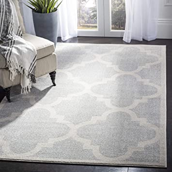 Amazon Com Safavieh Amherst Collection Amt423b Light Grey And Beige