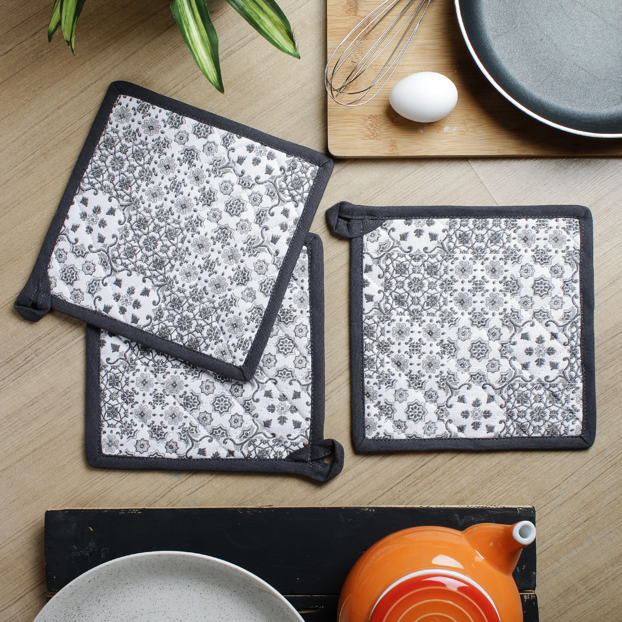 Kitchen Pot Holder, Set of 3, Printed, 100% Cotton, Eco Friendly and Safe, Heat Resistant Suitable for all House Hold Ovens, Size 8 X 8 Inch by AZHAGU