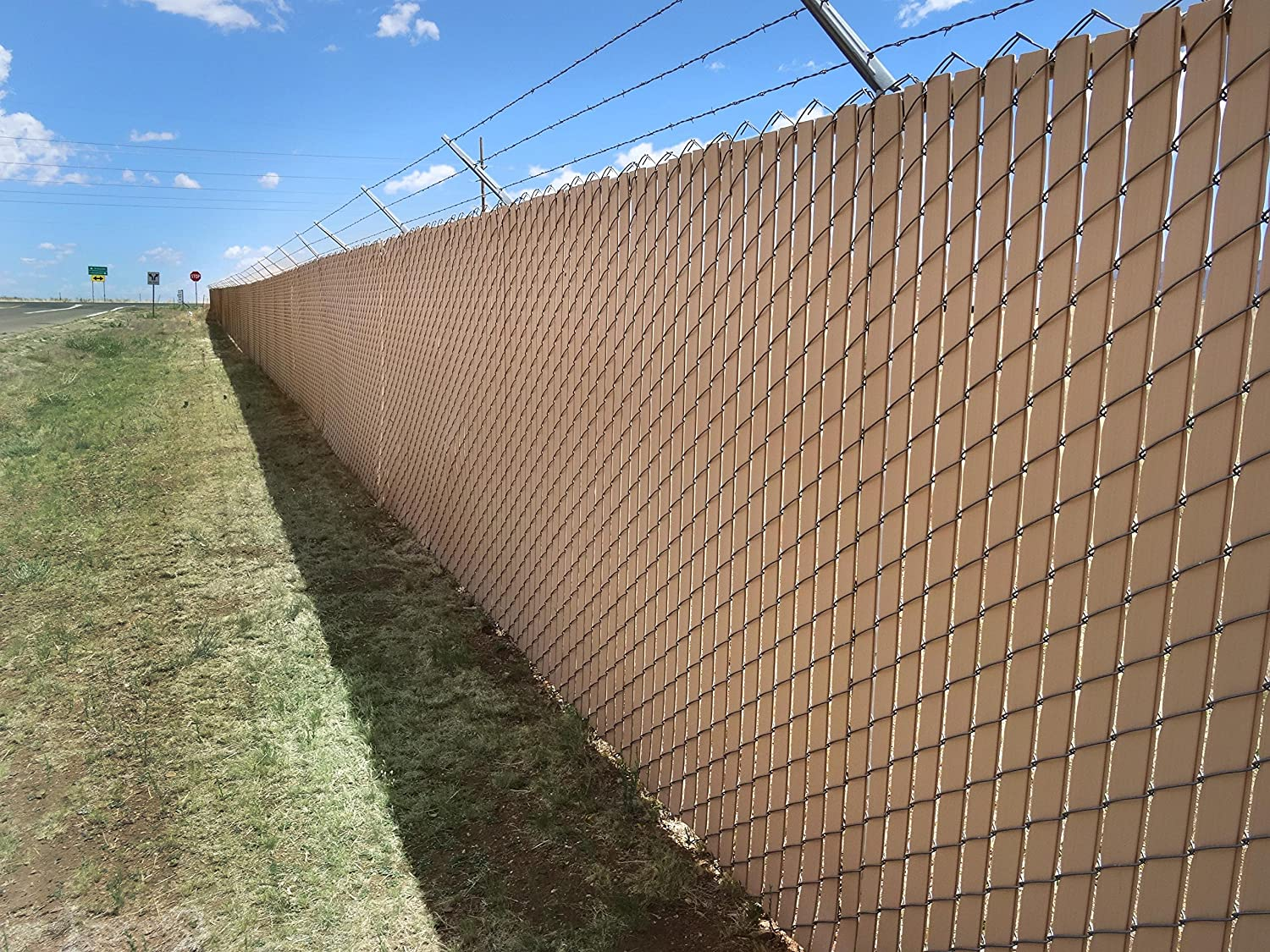 Privacy screen for chain link fences - Amazon Com Pexco Finlink Chain Link Fence Slats 6 Ft Green Patio Lawn Garden