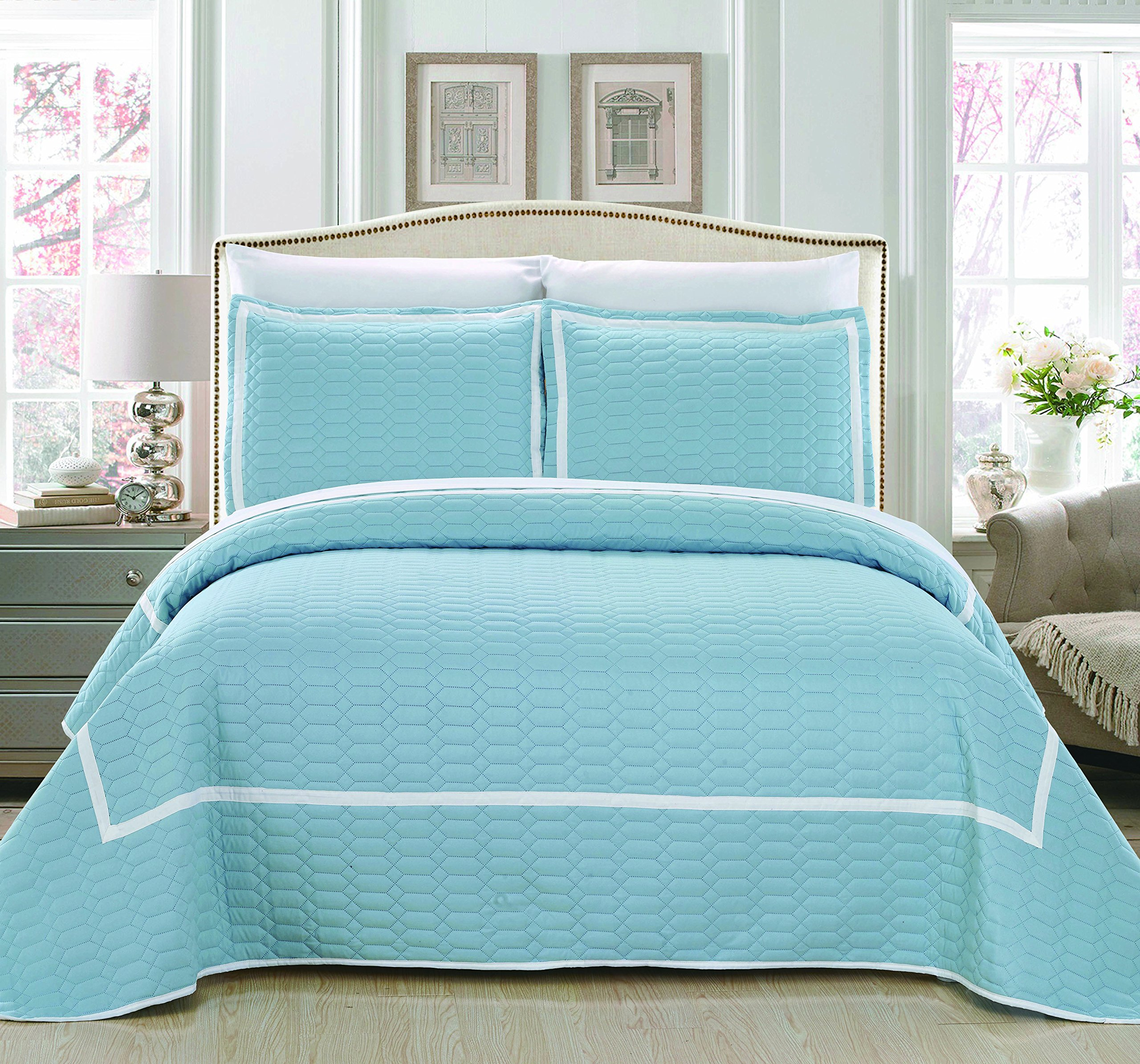 Chic Home 3 Piece Birmingham Hotel Collection 2 Tone Banded Quilted Geometrical Embroidered Quilt Set, Queen, Blue