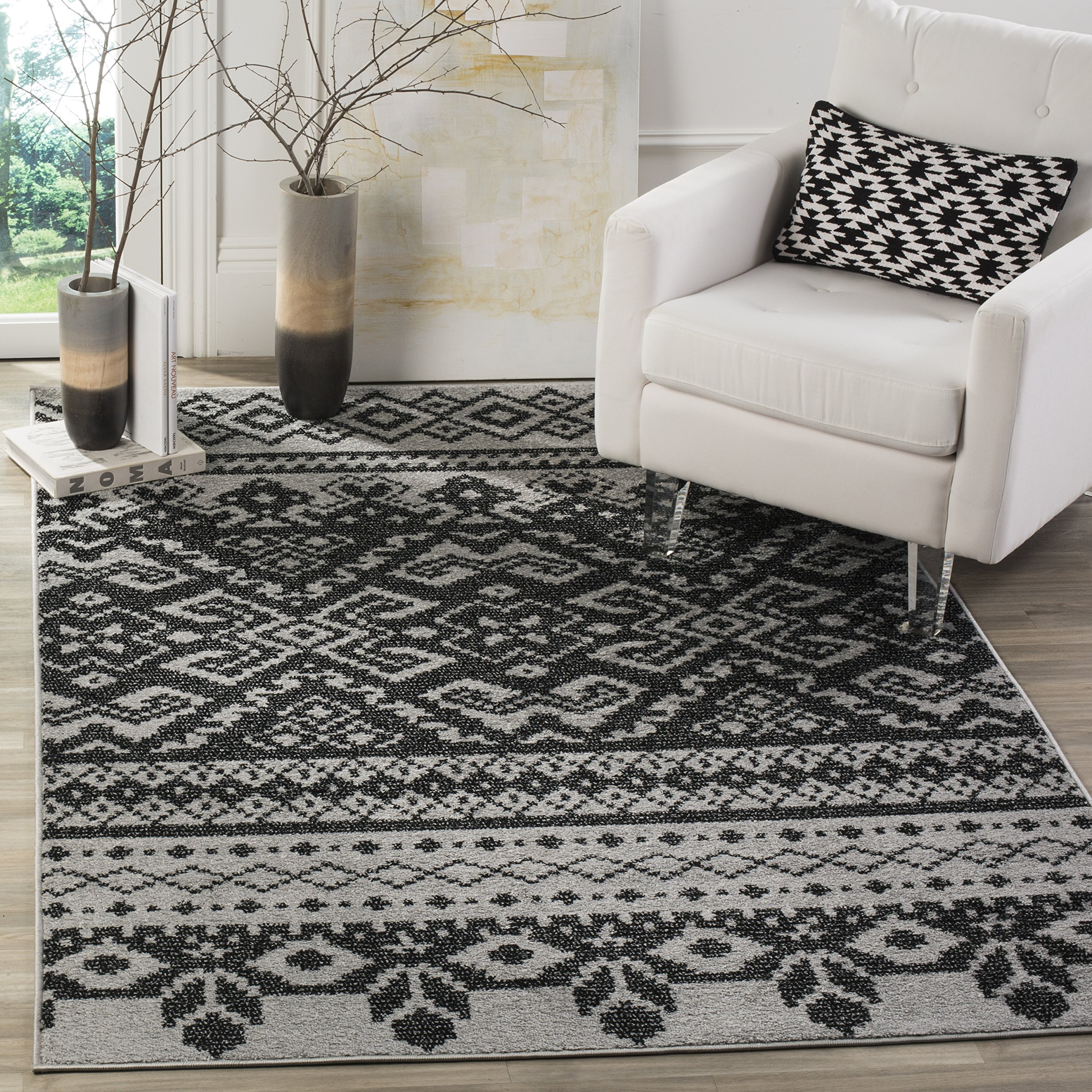Safavieh Adirondack Collection ADR107A Silver and Black Rustic Bohemian Area Rug (9' x 12')