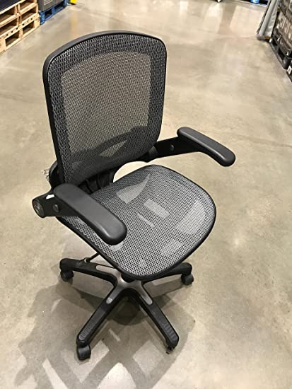 249579050fc29 Amazon.com  Metrex II Mesh Task Chair Silver  Kitchen   Dining