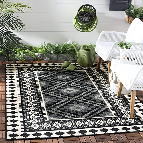 Safavieh Veranda Collection VER099-0421 Indoor/ Outdoor Black and Cream Southwestern Area Rug 5'3″ x 7'7″
