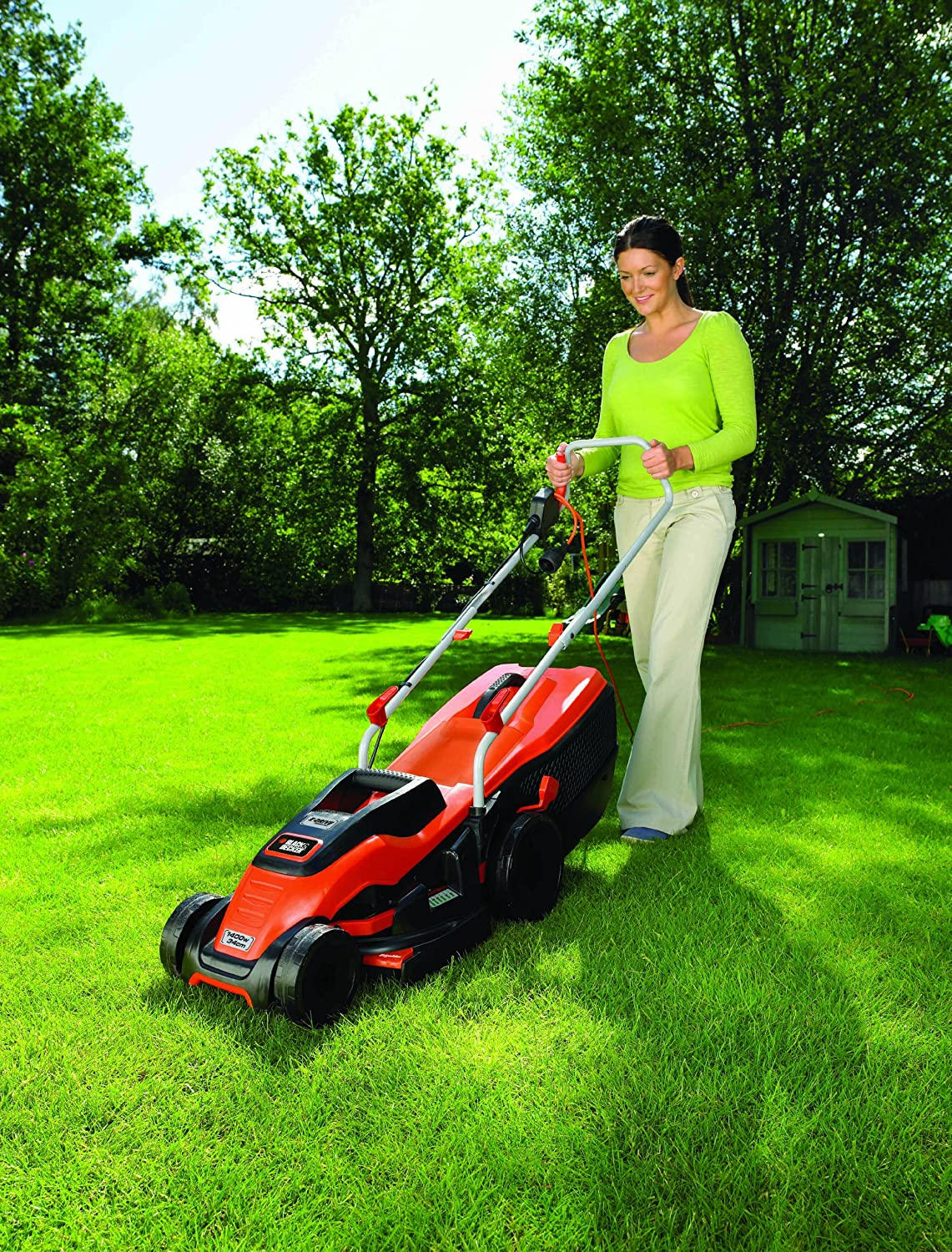 BLACK+DECKER 1400W Edge-Max Lawn Mower with 34 cm Cut/40 L Box Black & Decker EMAX34S-GB