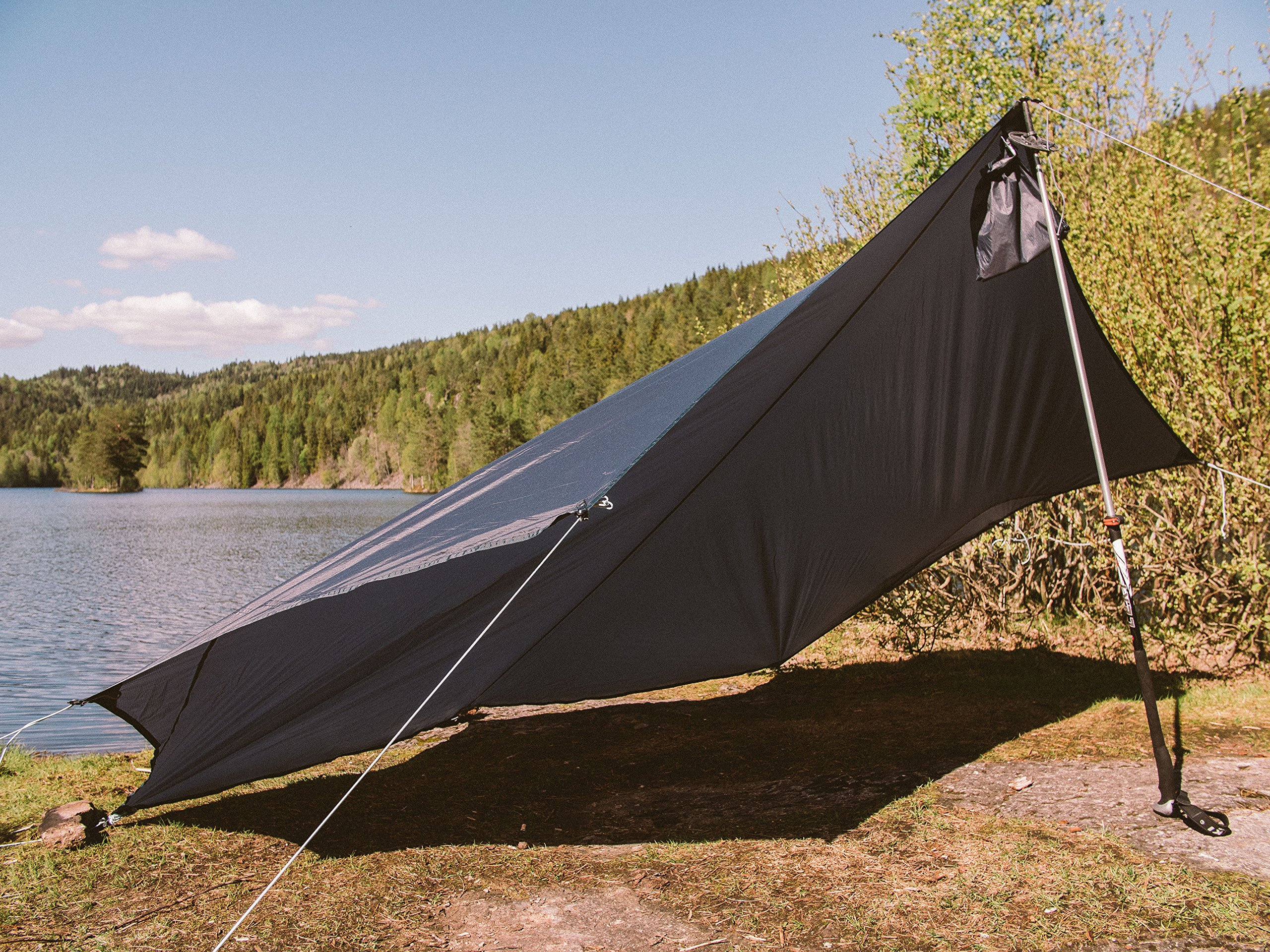 Draumr 3.0 Tarp Shelter With 6 Lightweight Stakes by AMOK