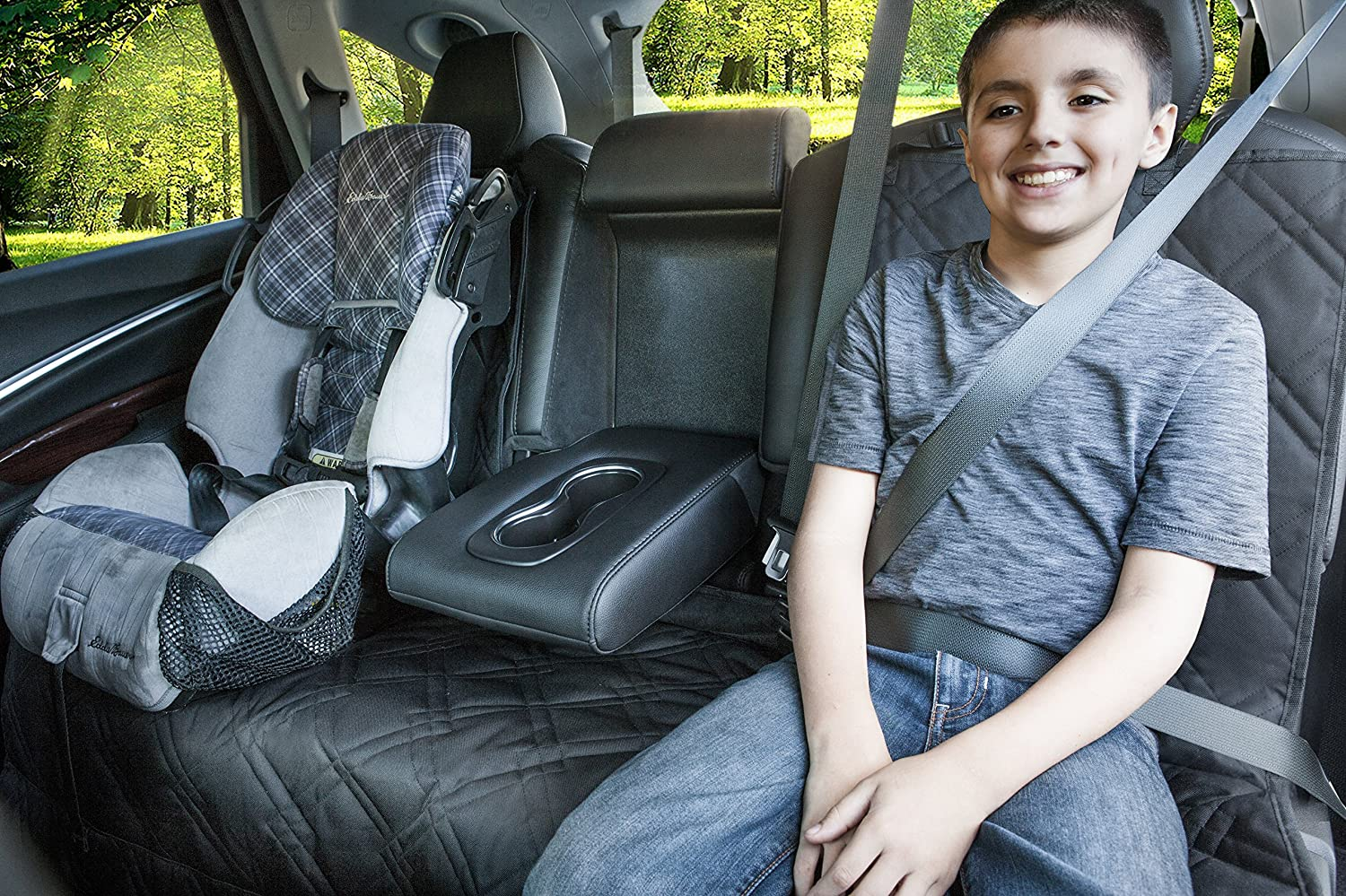 Rumbi Baby Backseat Protector for Any Car, Truck and SUV. Made of Waterproof, Non-Slip Material with Removable Zipper