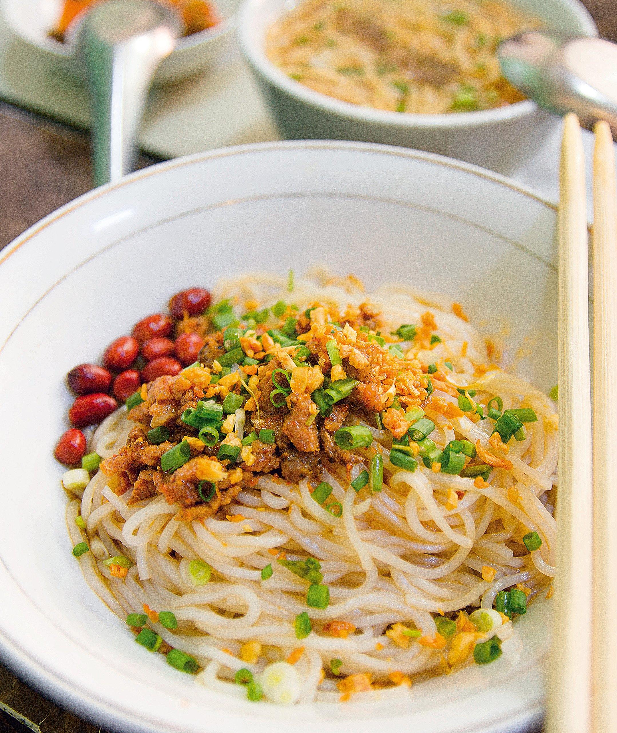 Asiatische Küche: asia street food. Authentische Rezepte aus ...