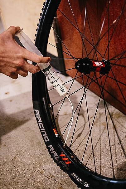 KOM Cycling - Jeringuilla para inyectar líquido «Tubeless», con ...