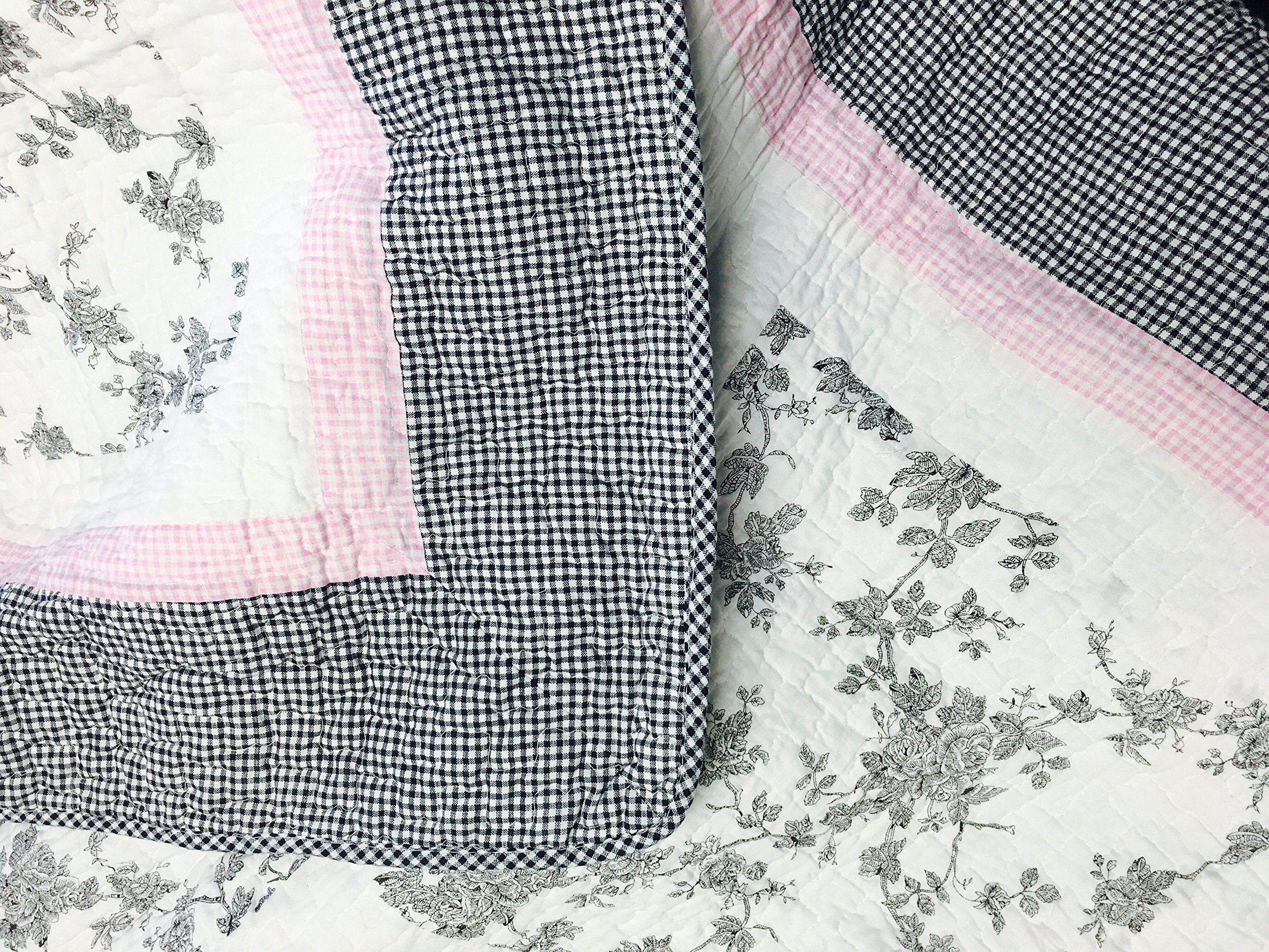 Cozy Line Home Fashions Scottie Pup Pink White Grey Dog Flower Pattern Printed Patchwork Cotton Bedding Quilt Set Coverlet Bedspreads(Grey/White, Queen - 3 Piece: 1 Quilt + 2 Standard Shams) by Cozy Line Home Fashions (Image #4)